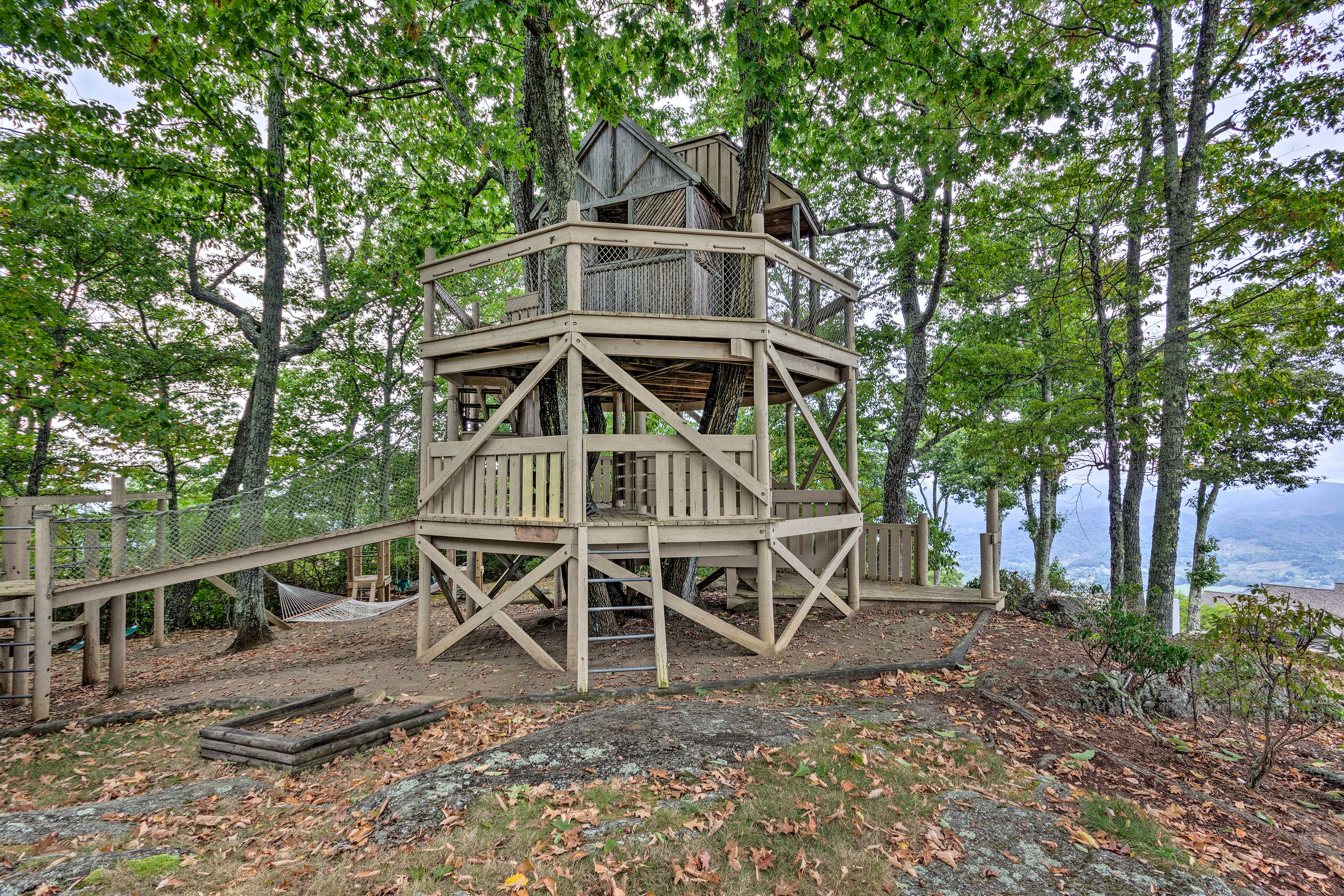 Book this Burnsville condo now for an unmatched getaway in the Smokies!