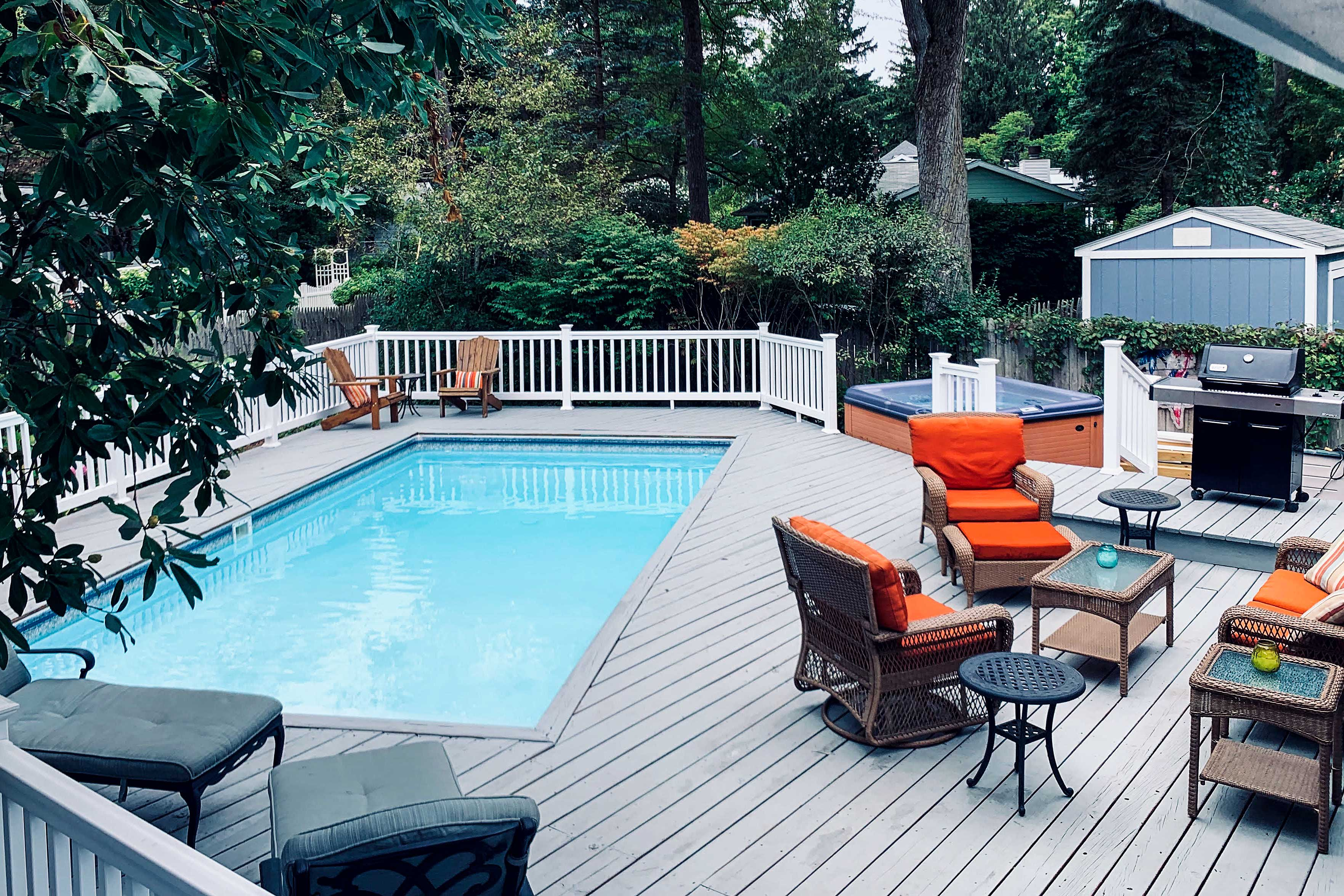 Barbecue a zesty meal, jump in the pool or soak in the hot tub!