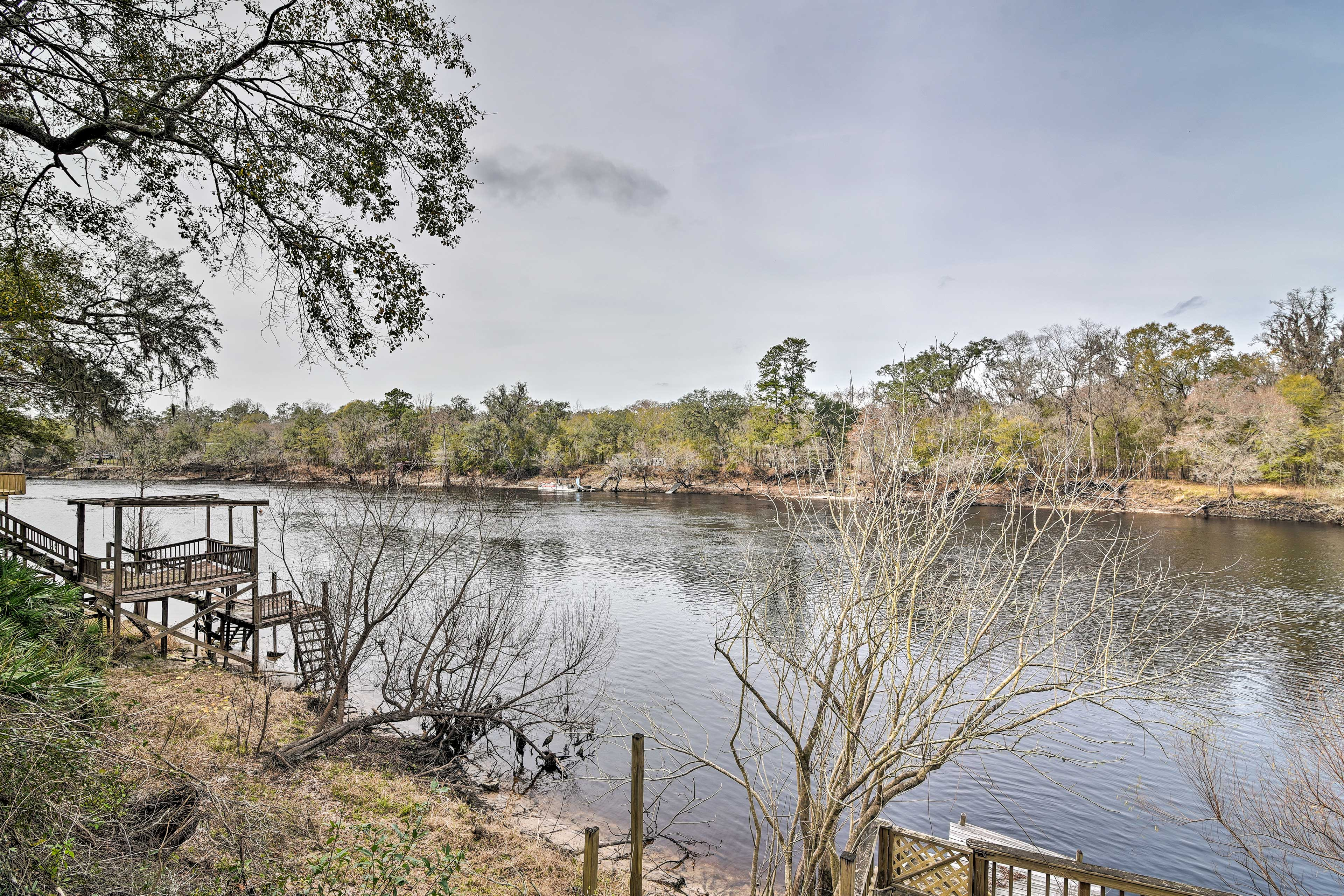 Enjoy direct river access under a mile away!