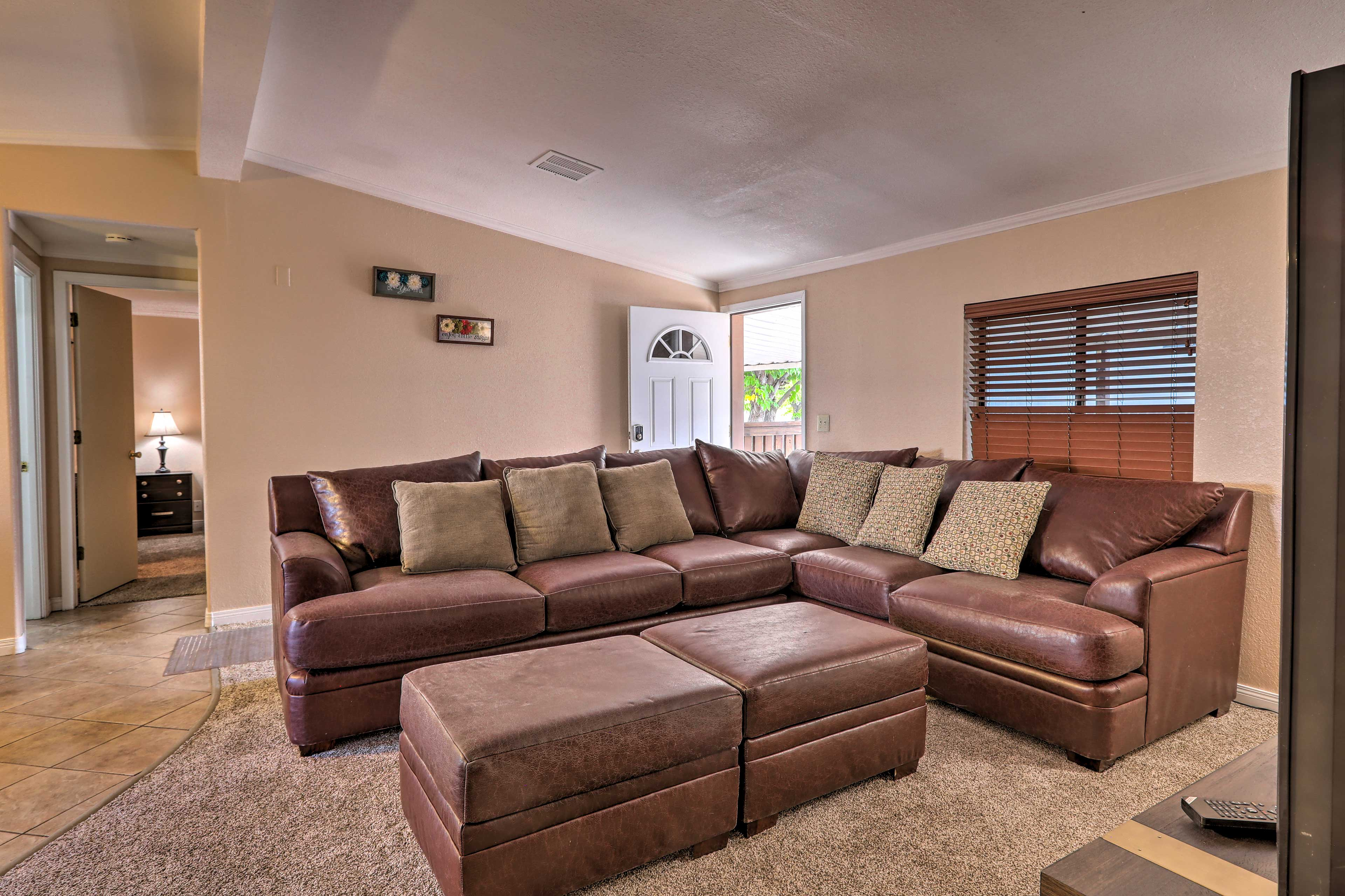 Enjoy a comfortably stay in Page, AZ at this 3 bedroom, 2 bath home.