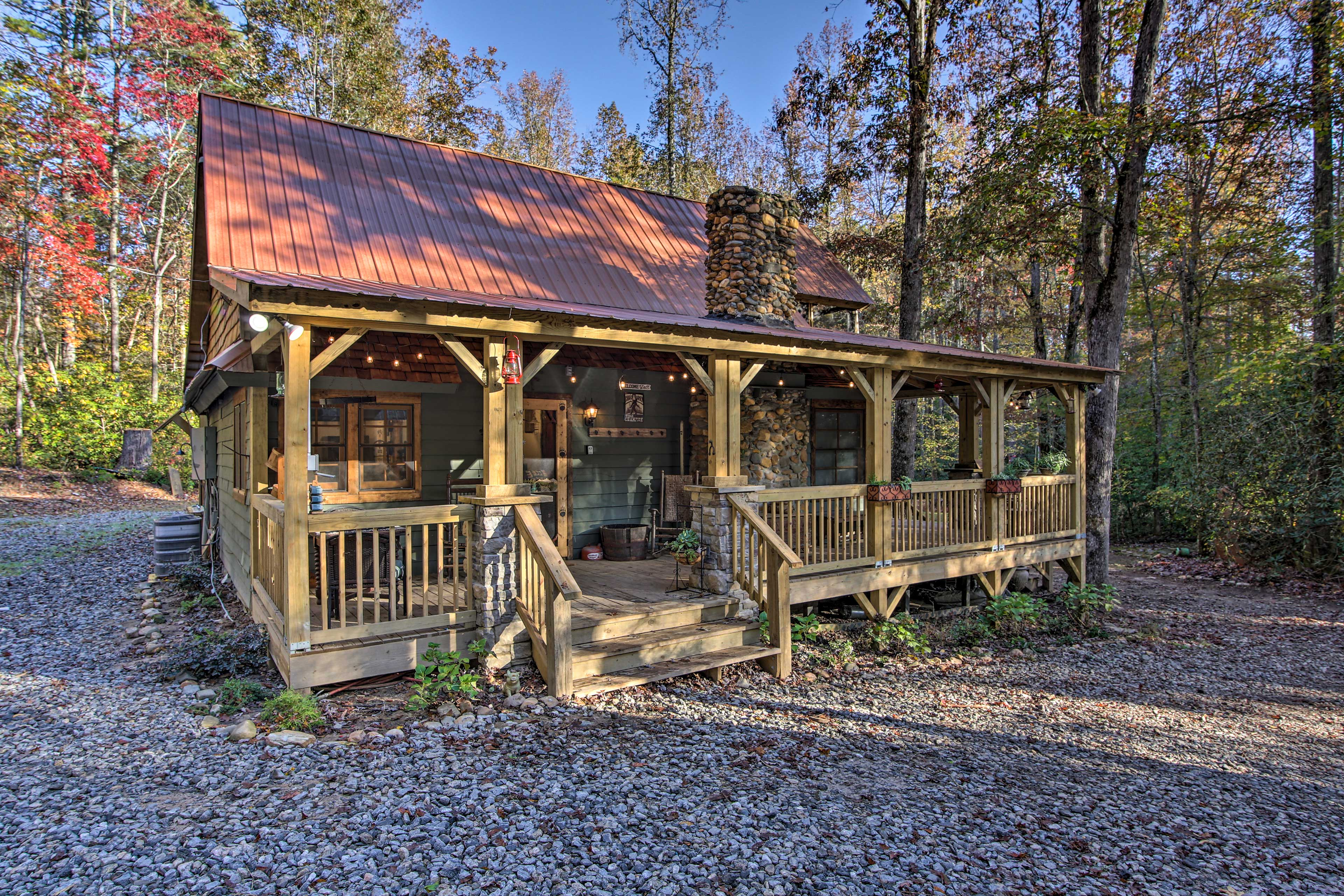 Spend your next family vacation in this old-time 3-bed, 2-bath farmhouse!
