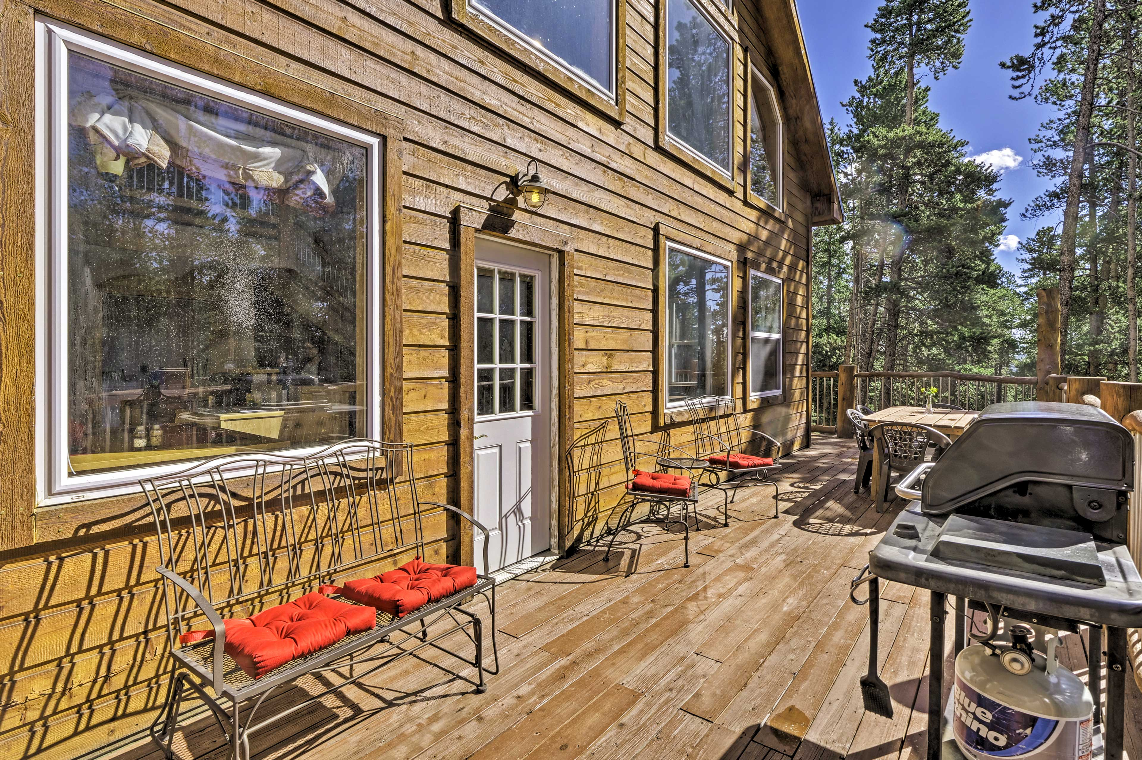 There is plenty of lounge furniture to soak in the Colorado sunshine.