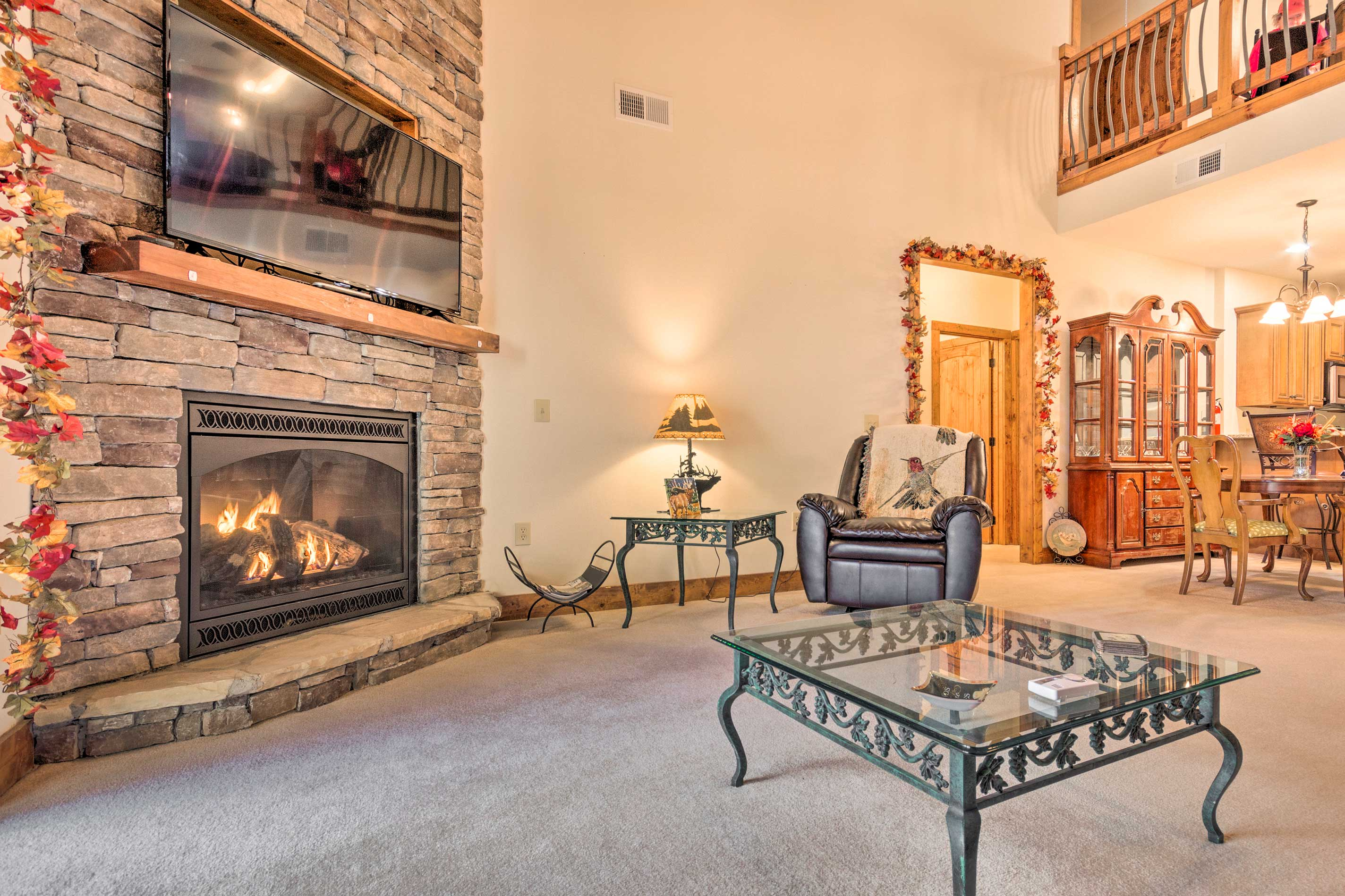 Follow long days on the slope with some R&R by the gas fireplace.