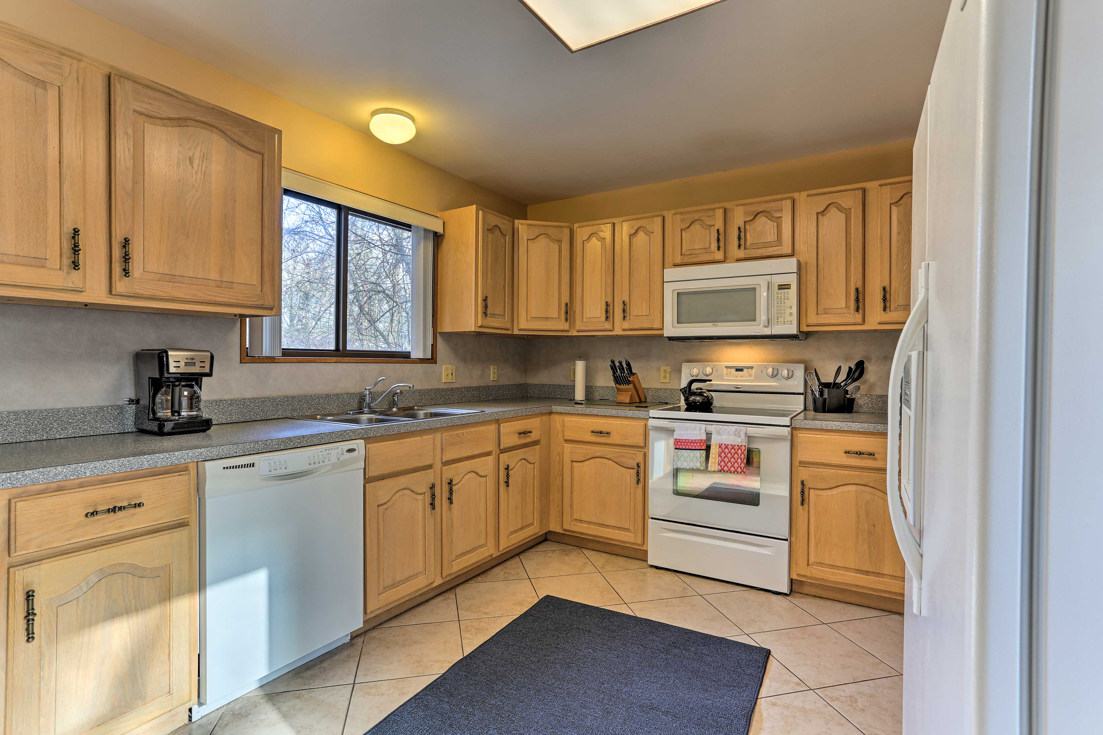 You'll enjoy cooking up your favorite meals in the fully equipped kitchen.