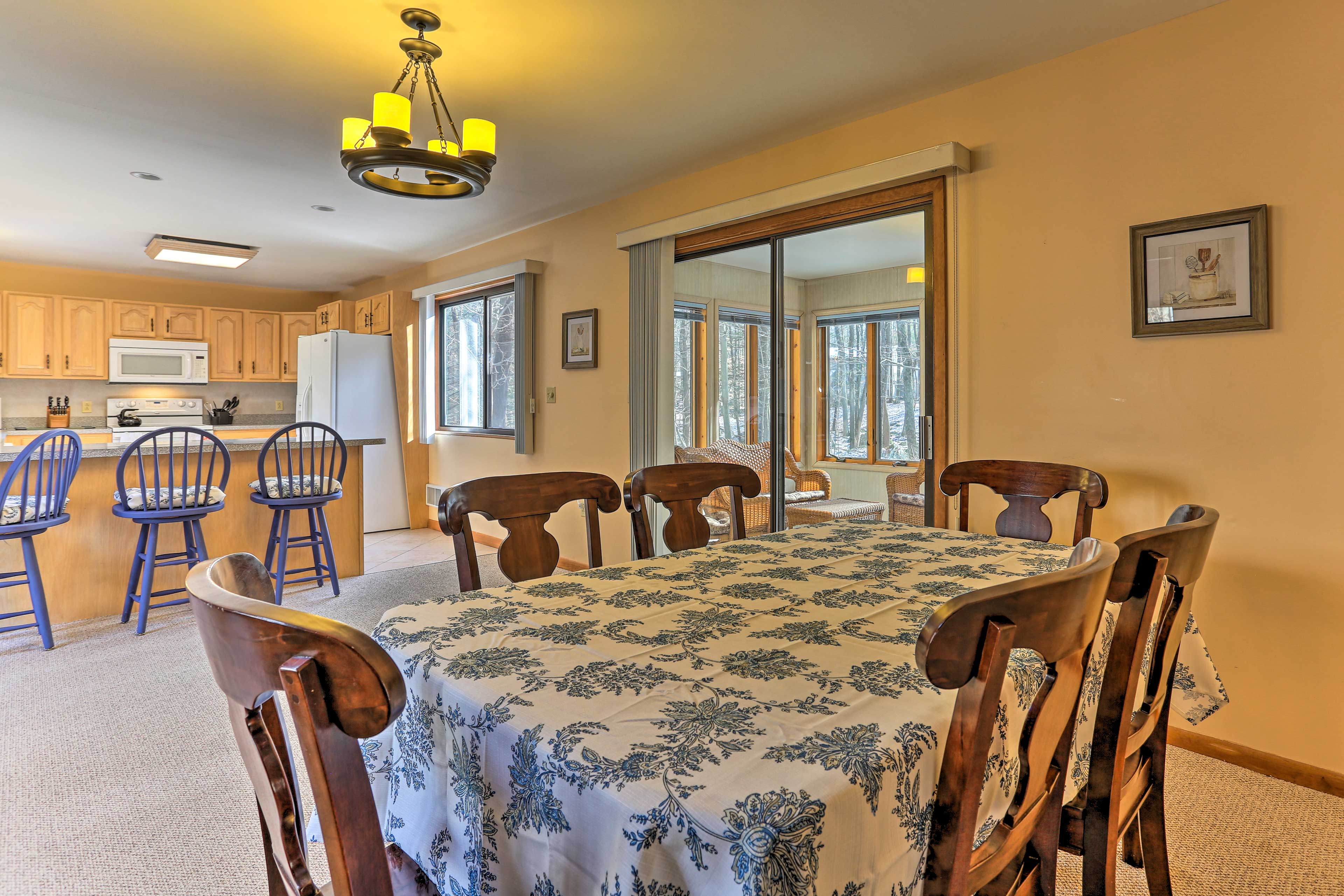 Share a family feast around the dining table.