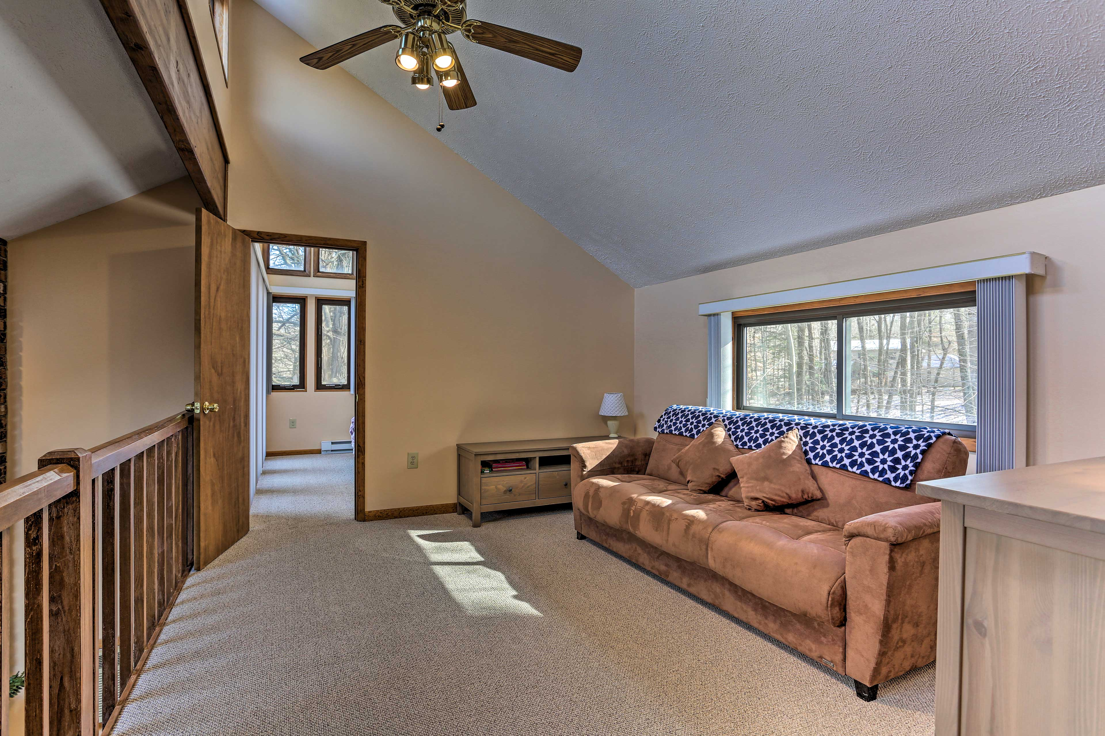 Upstairs you'll find a comfortable sofa that pulls out to accommodate 2 guests.