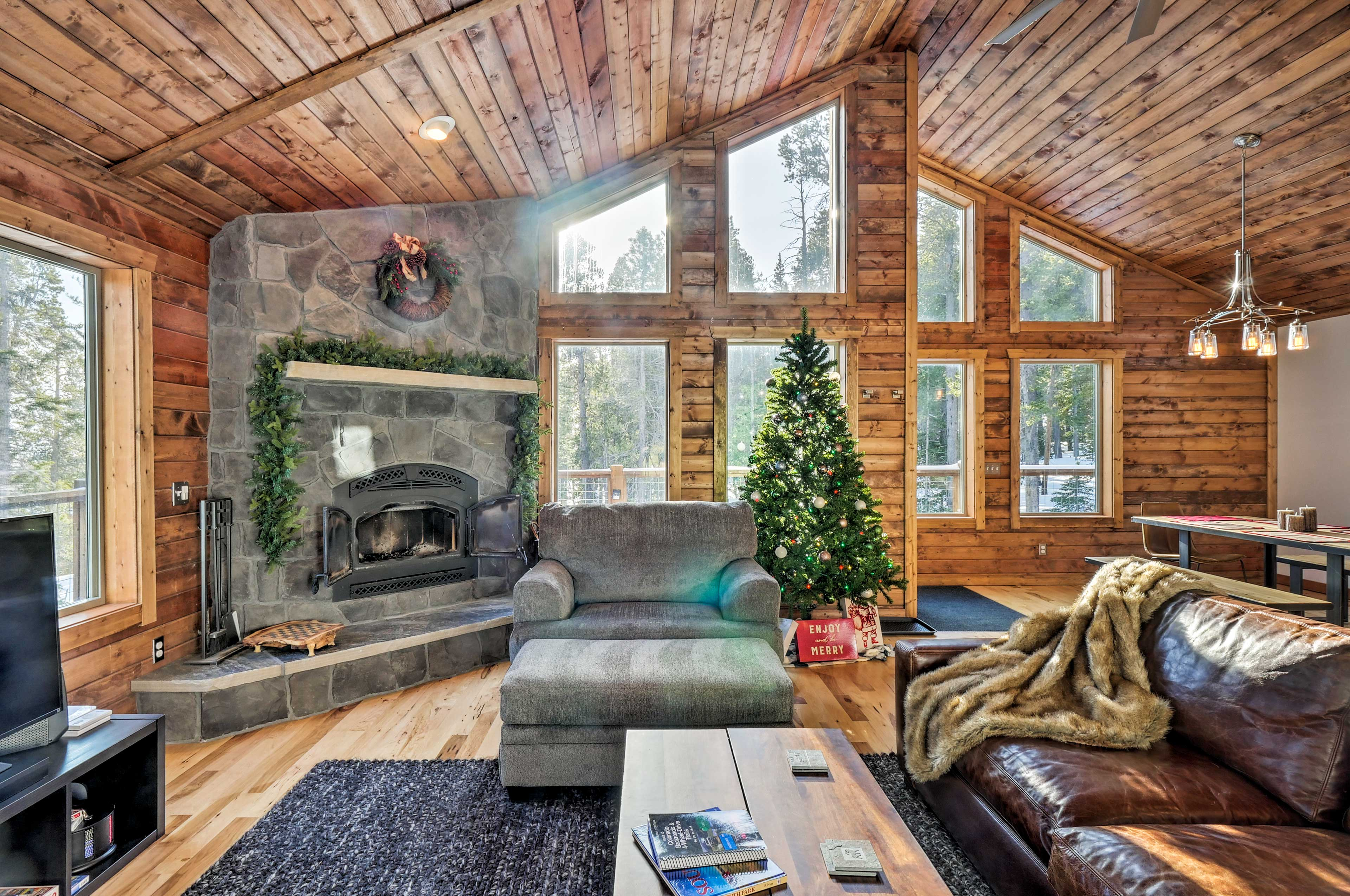 Retreat to this peaceful Fairplay cabin for a relaxing Rocky Mountain retreat!