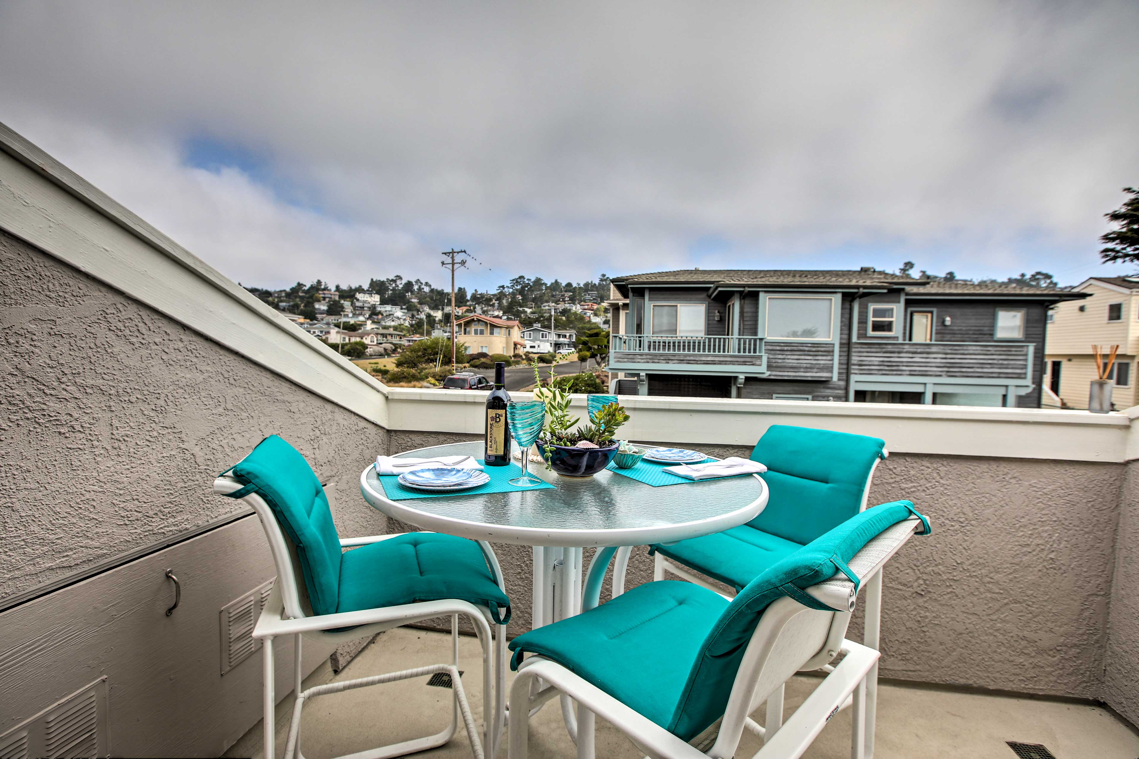Whip up a zesty home-cooked meal to be enjoyed alfresco!