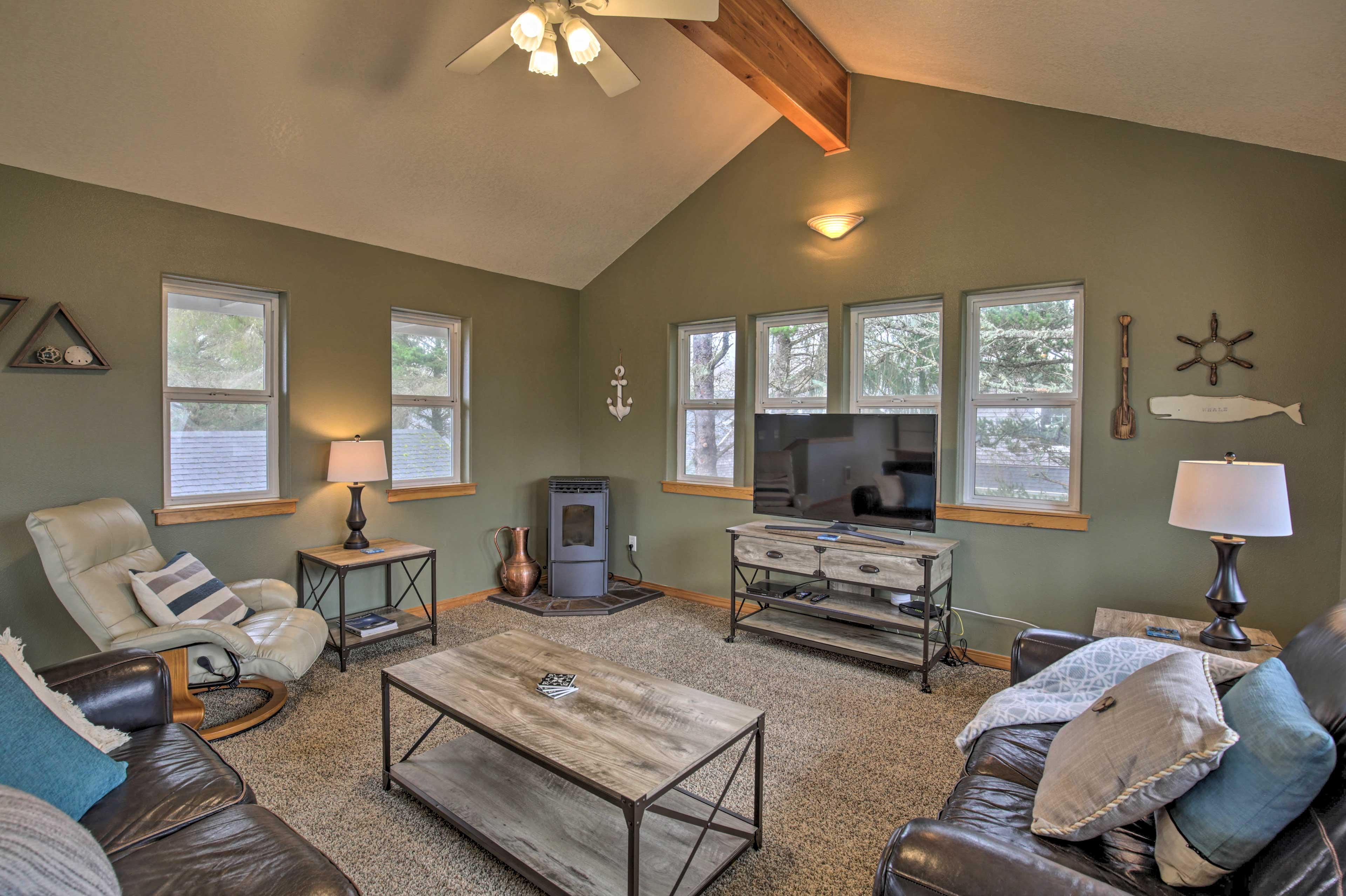 Come visit this 2-bedroom, 2-bathroom home at Rockaway Beach!