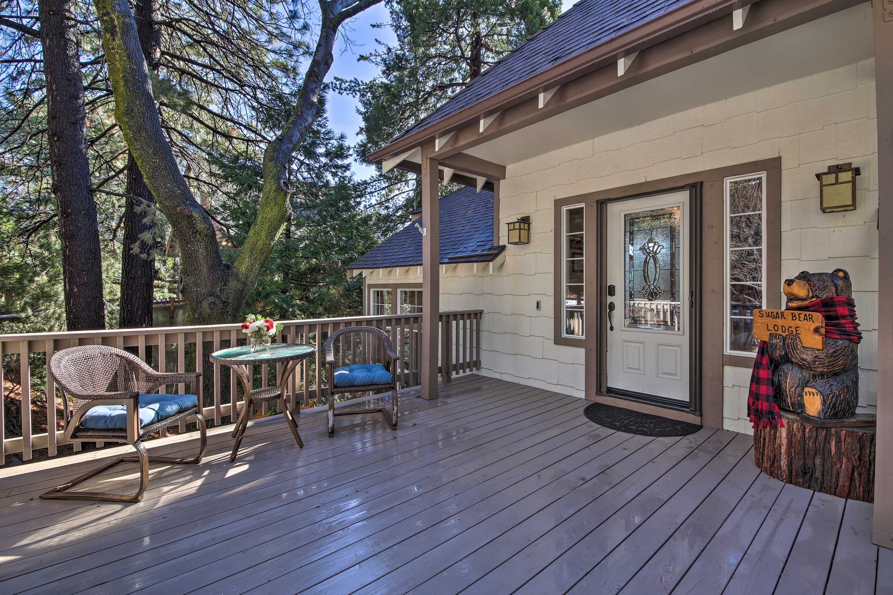 Call the 'Sugar Bear Lodge' your new home-away-from-home!