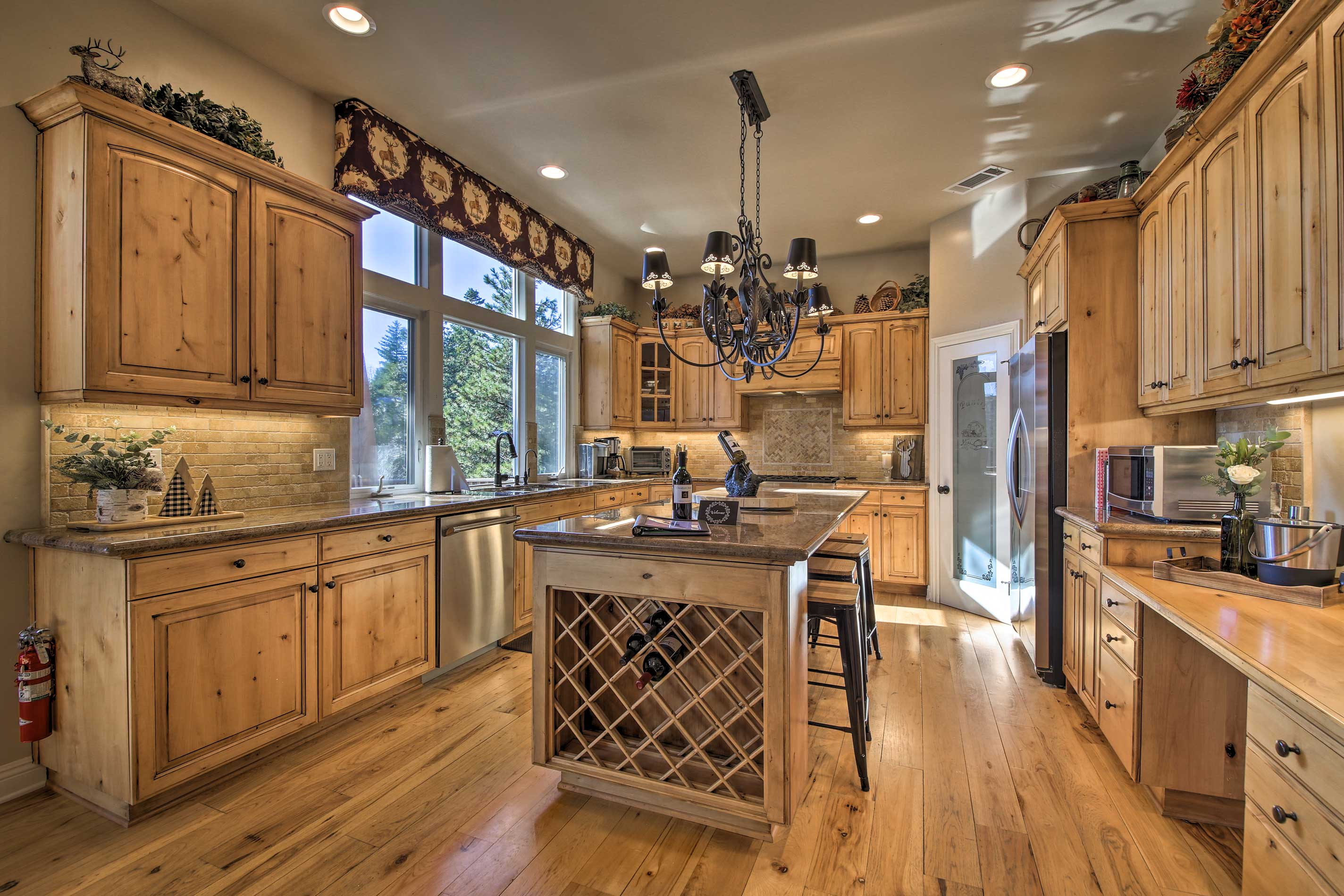 You'll have ample space to show off your impressive culinary skills!