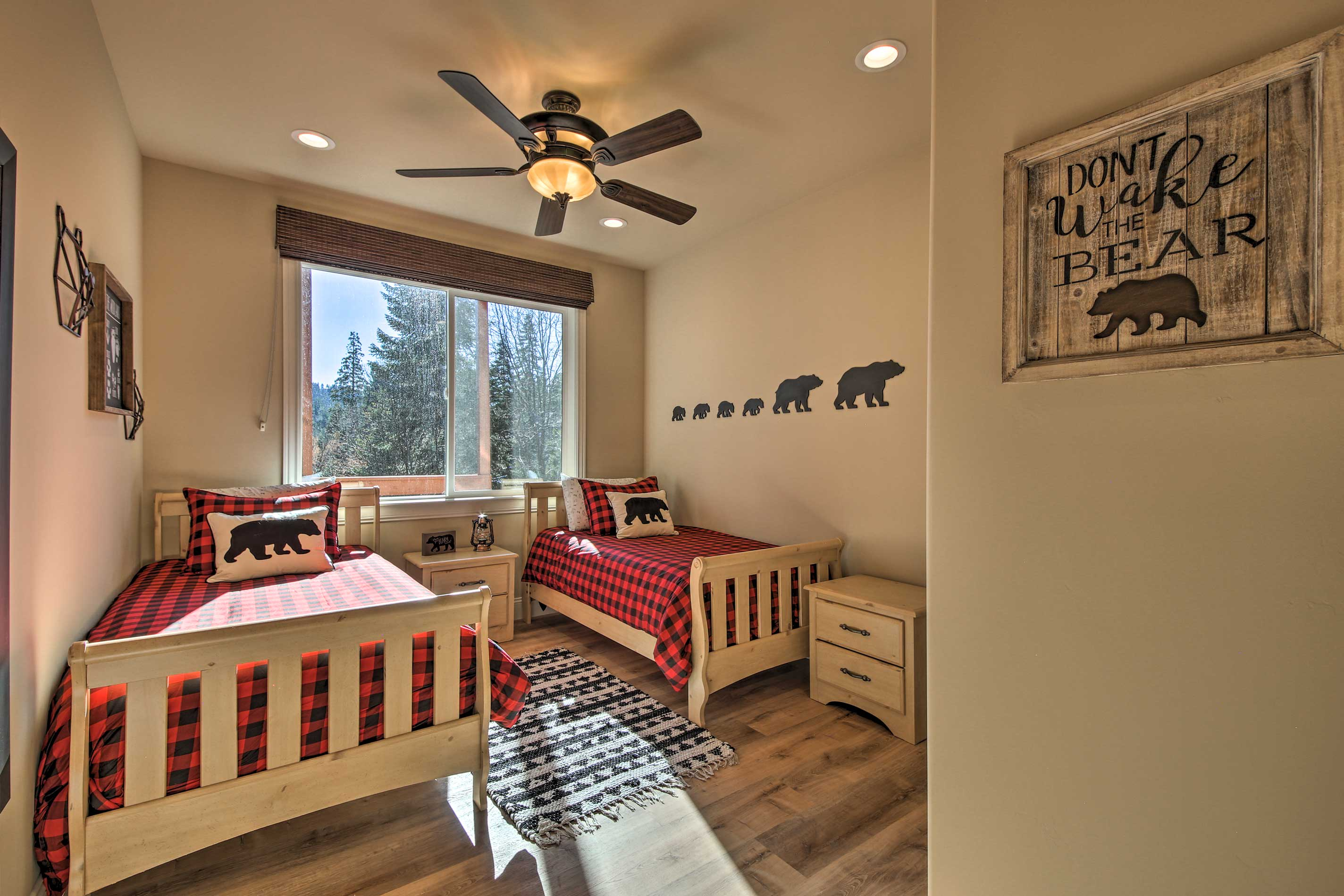 Two guests can share this cabin-like bedroom.