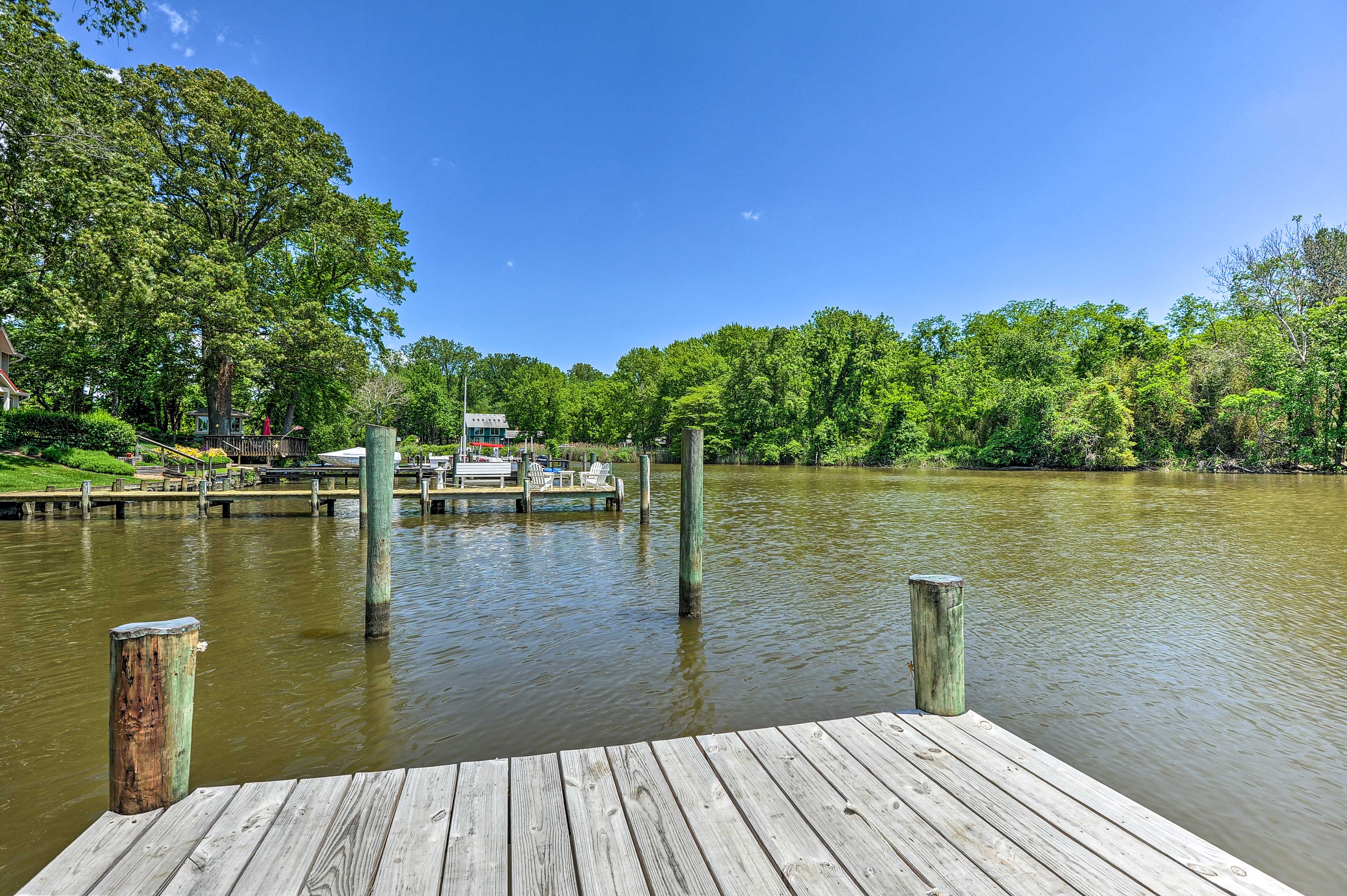 Private dock access has never seemed so sweet!