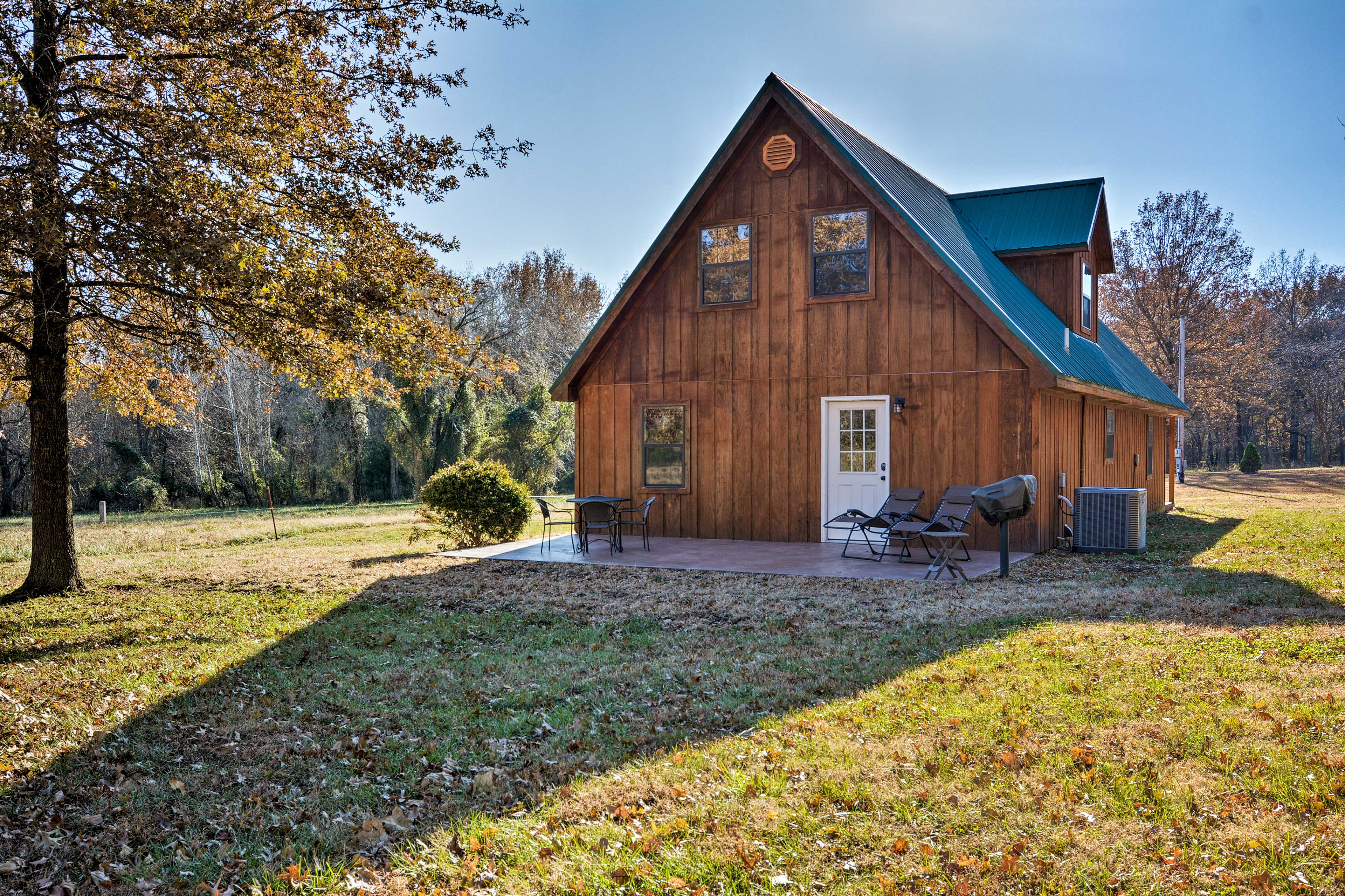 Book a trip to this one-of-a-kind vacation rental cabin in Moundville.