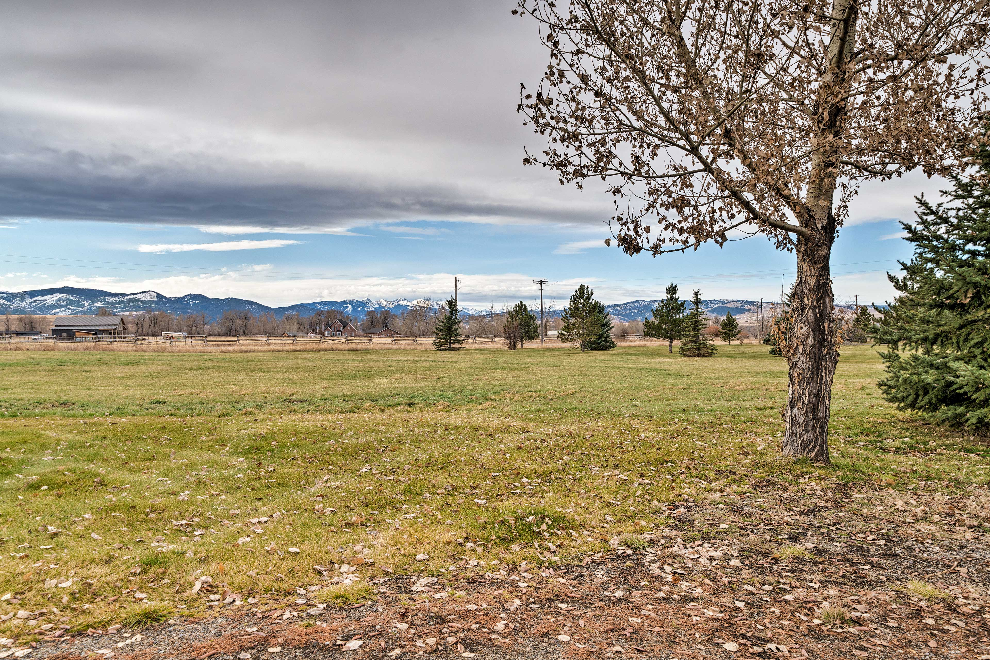 This vacation rental home is located between Big Sky and Bozeman!