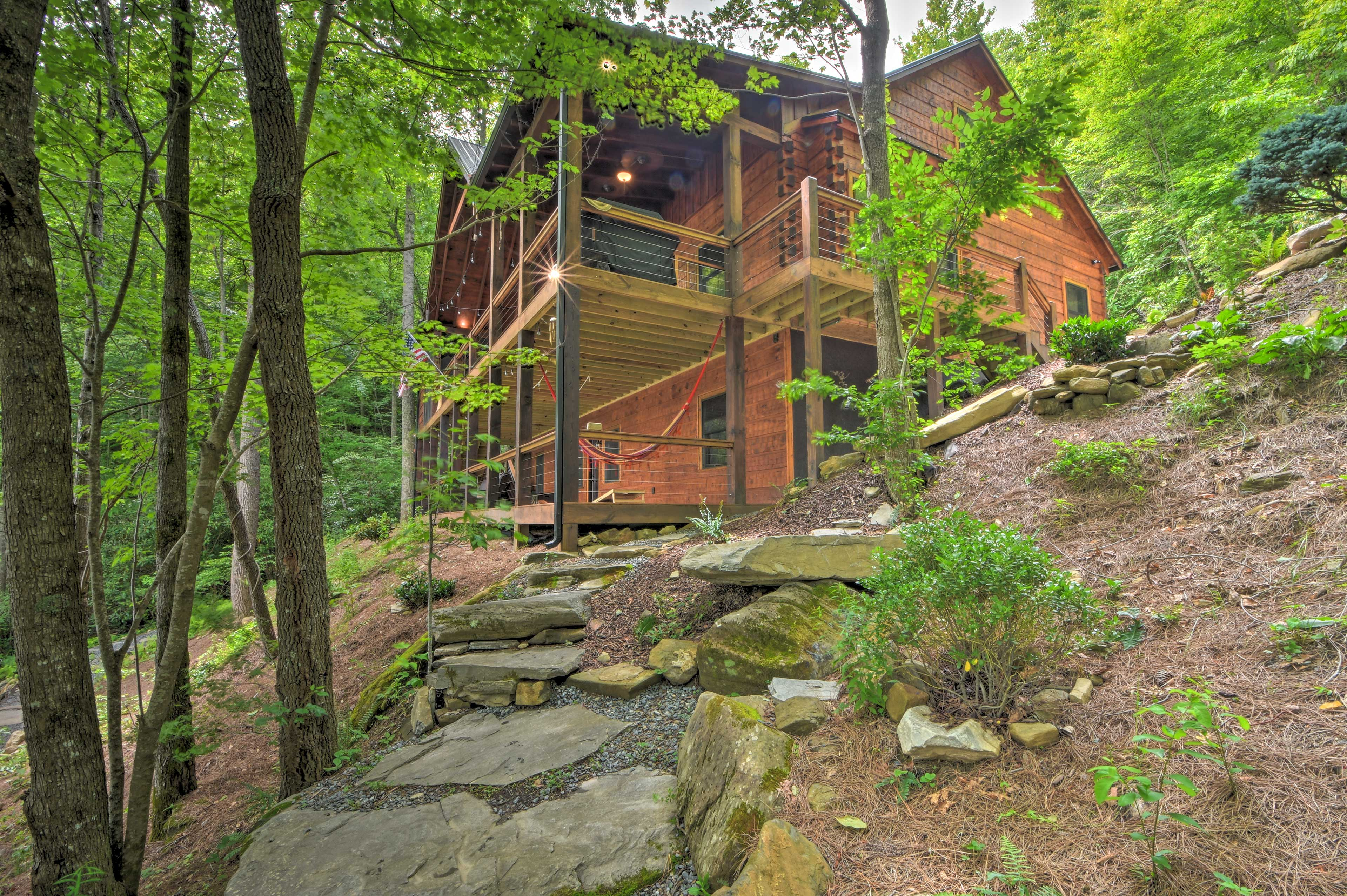 Make this your home base in the Great Smoky Mountains!