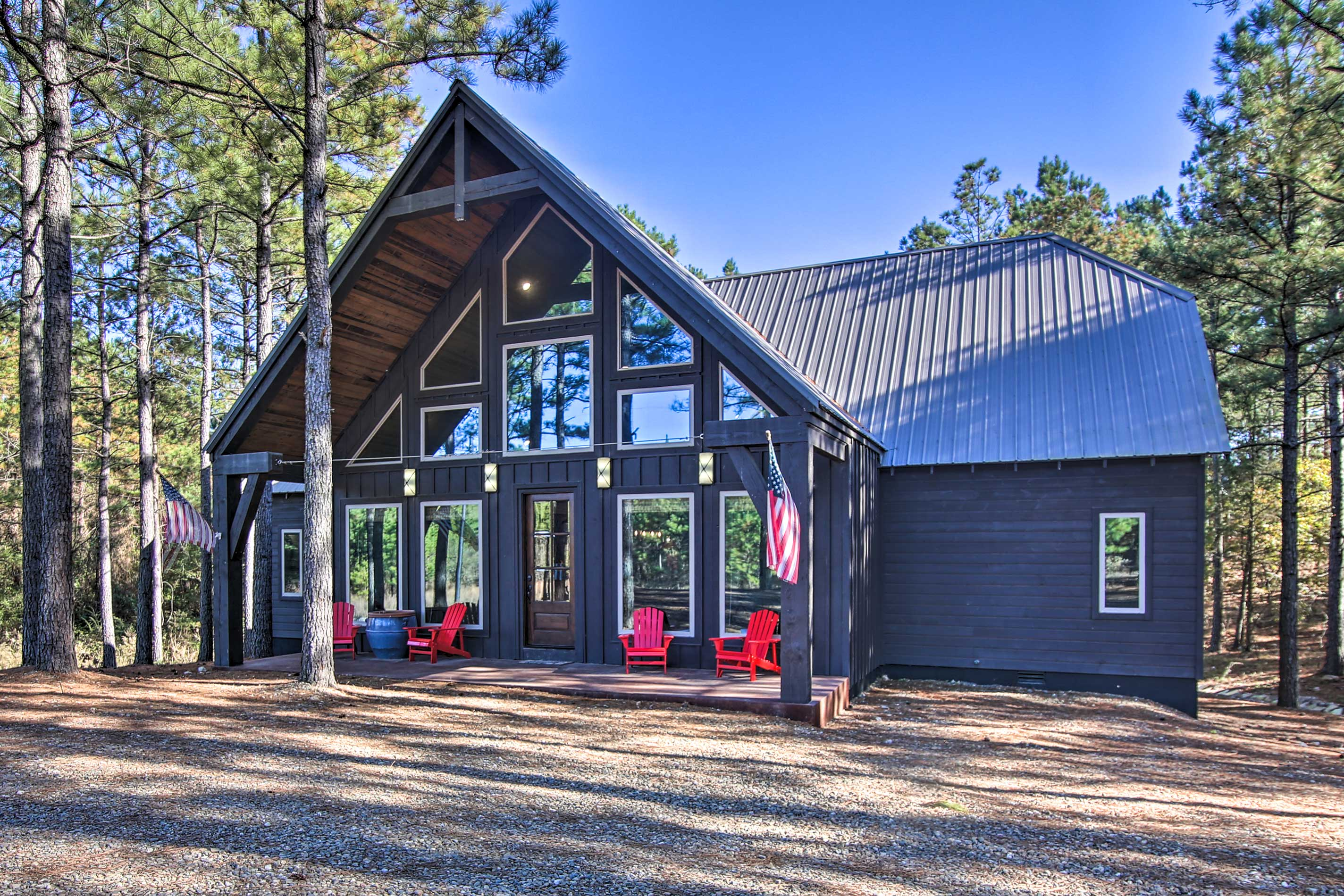 This grand Broken Bow cabin hosts up to 8 guests with ease!