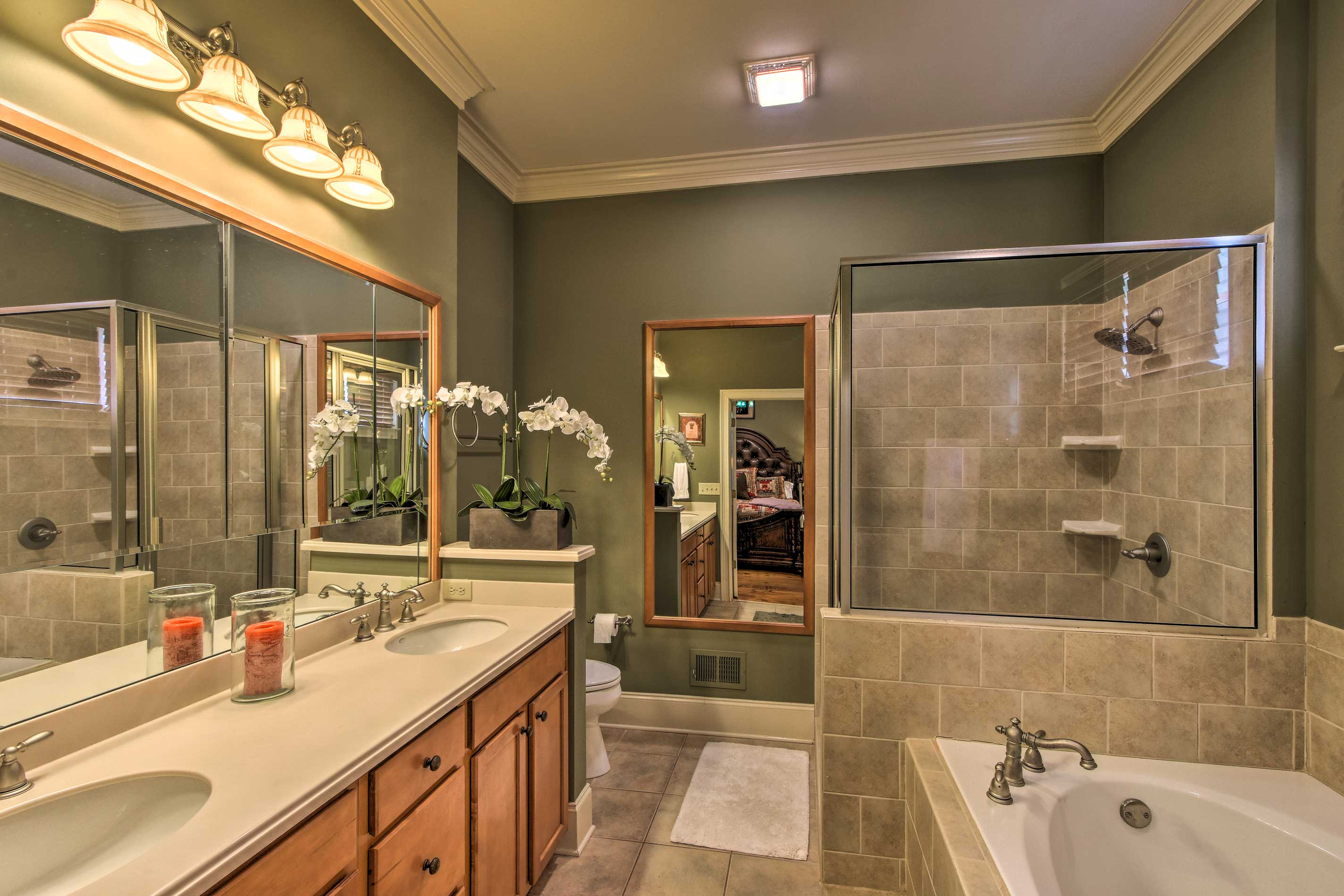 Dual sinks are the key to long-lasting relationships!