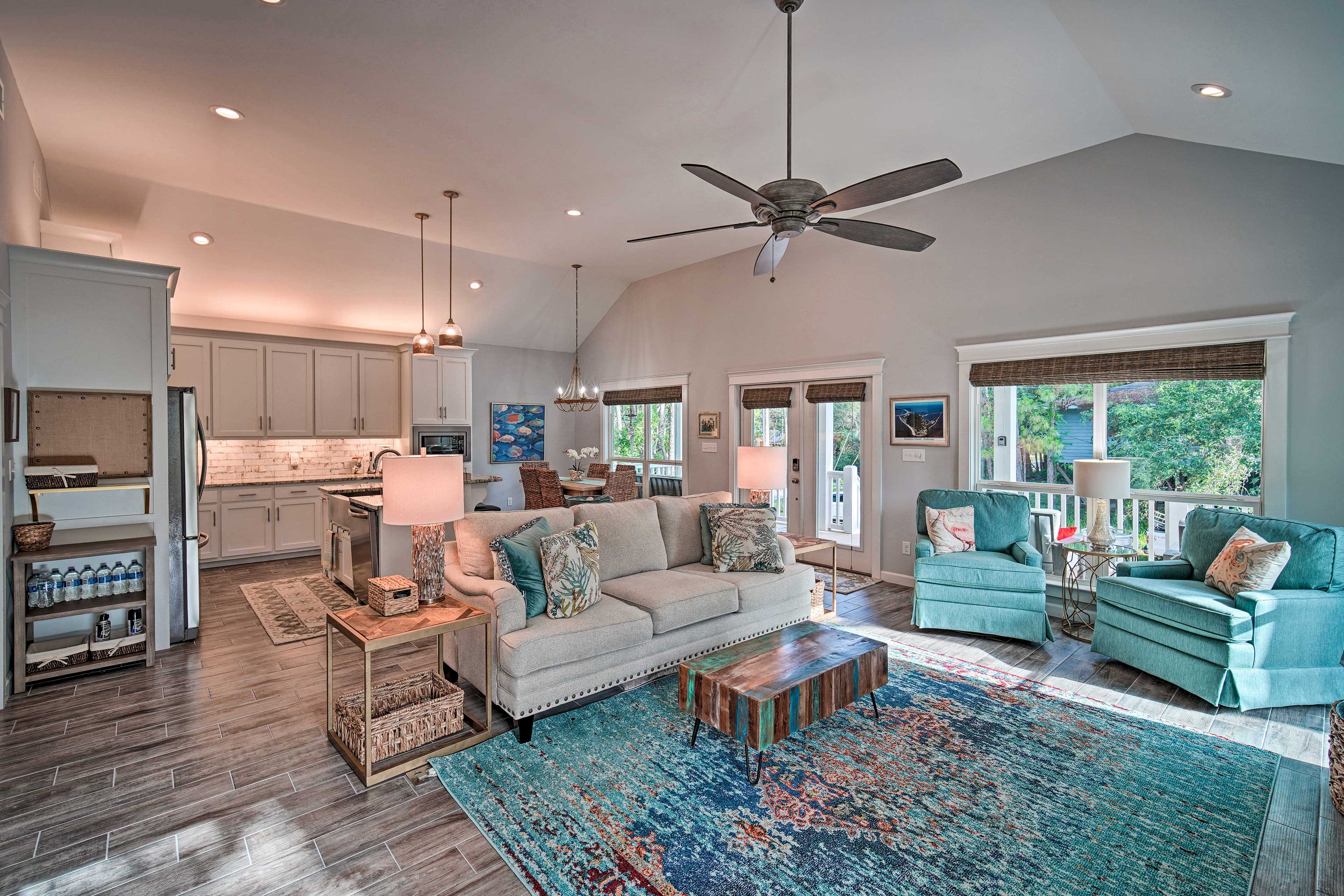 Make this Dauphin Island vacation rental, 'Fins and Feathers', your home base!