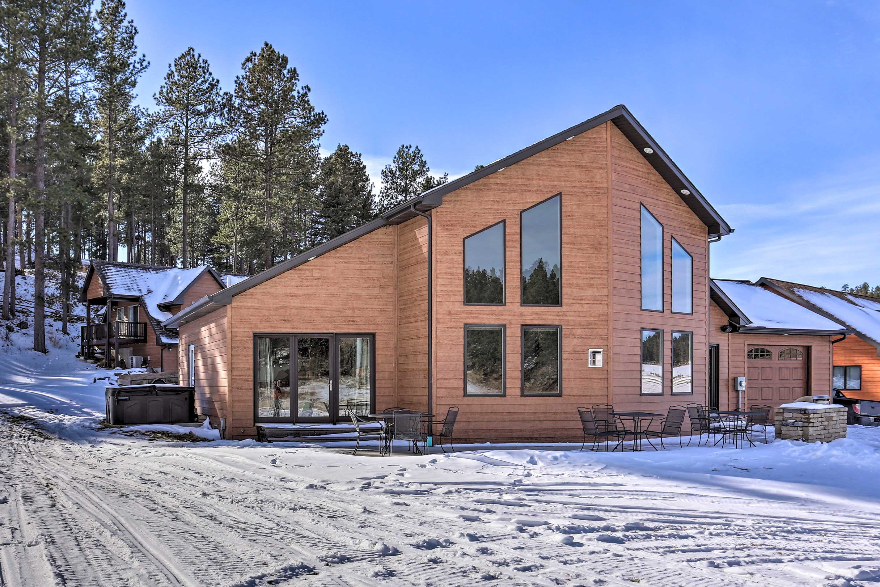 Gather the family for a fun-filled getaway to this Black Hills home.