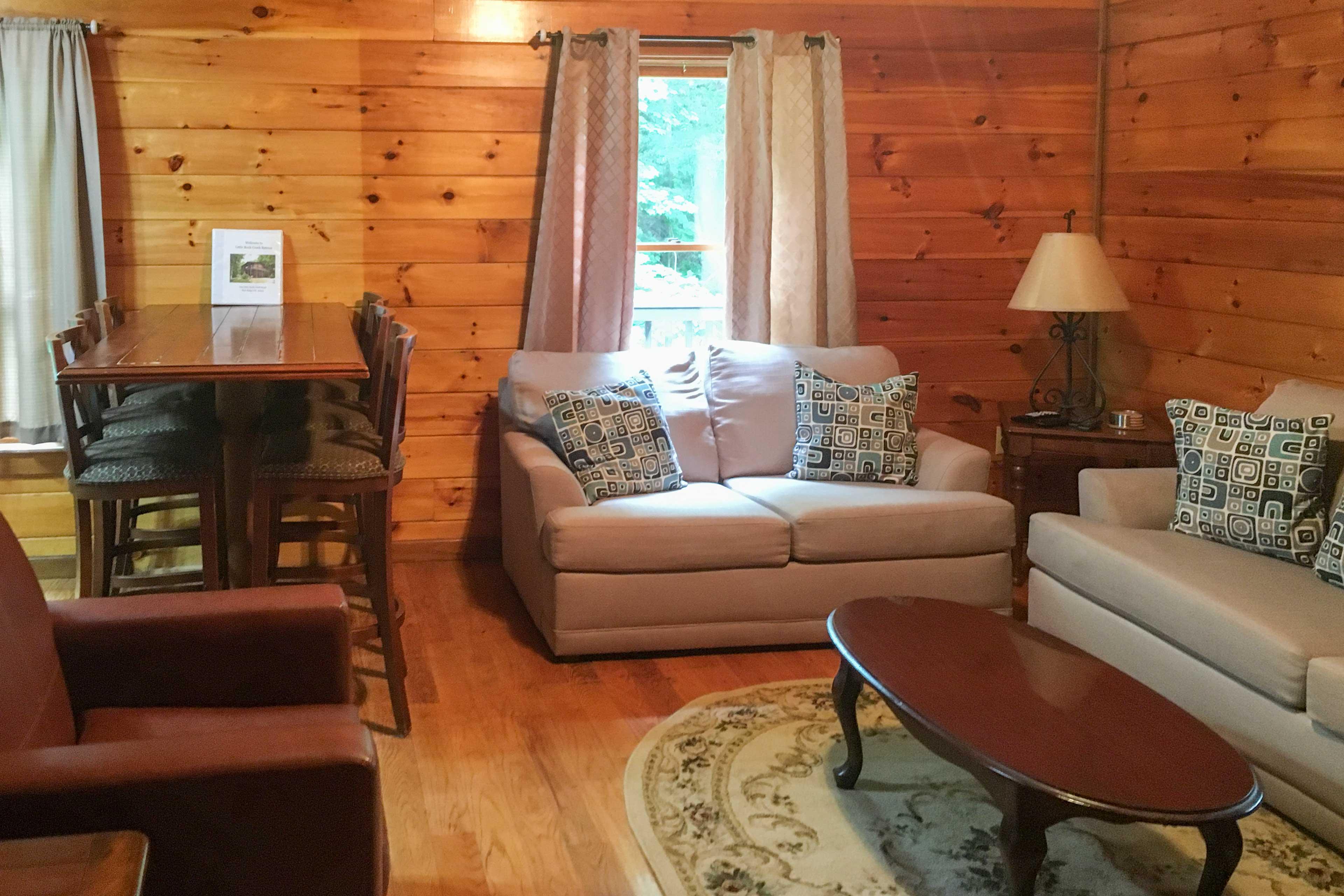 Living Room   1,800 Sq Ft