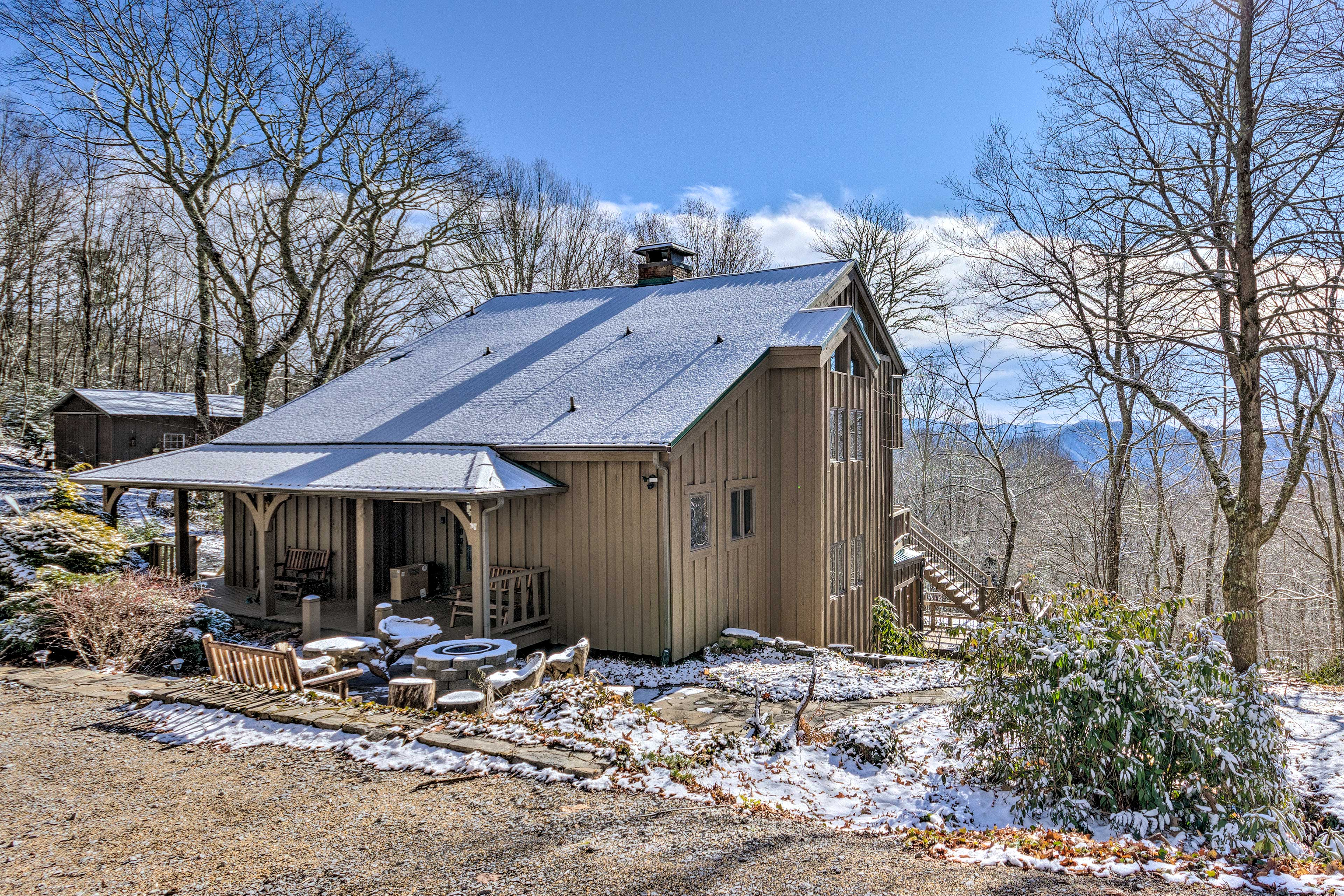 This 3-bed, 3.5-bath cabin is the perfect vacation destination.