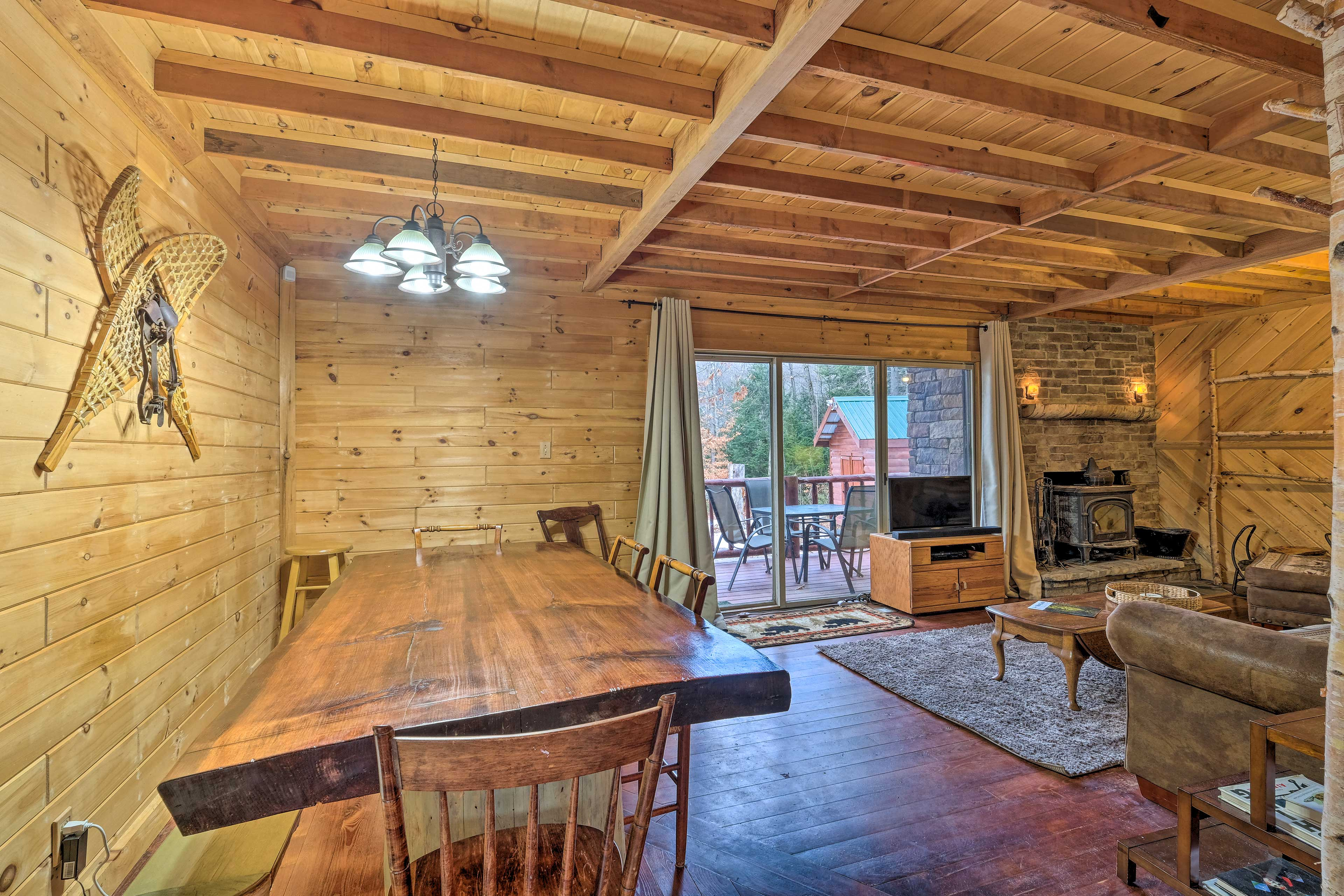 Unwind, relax, and spend time with your family at this lovely cabin.