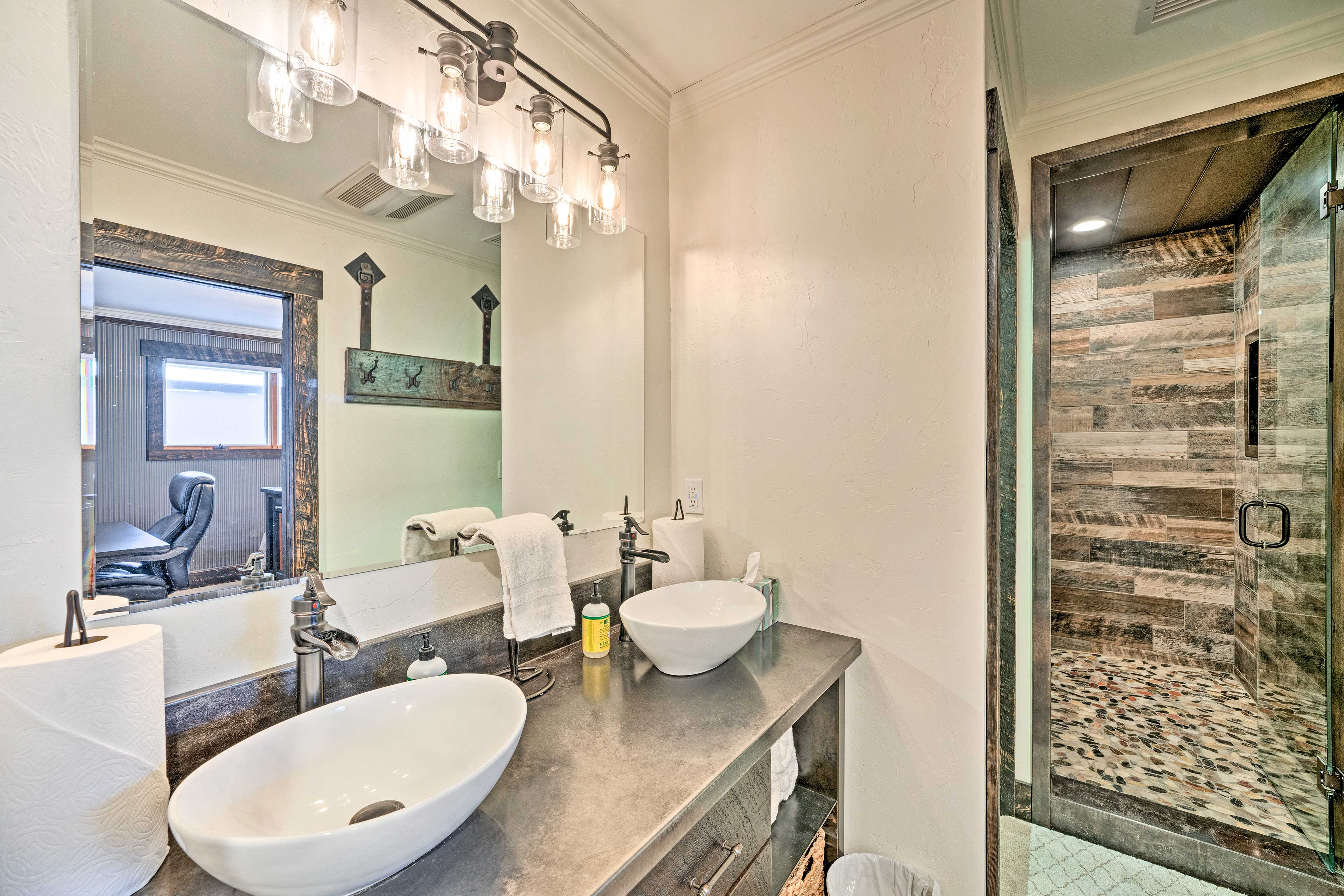 Visit the en-suite bathroom in the morning to start your day with a shower.