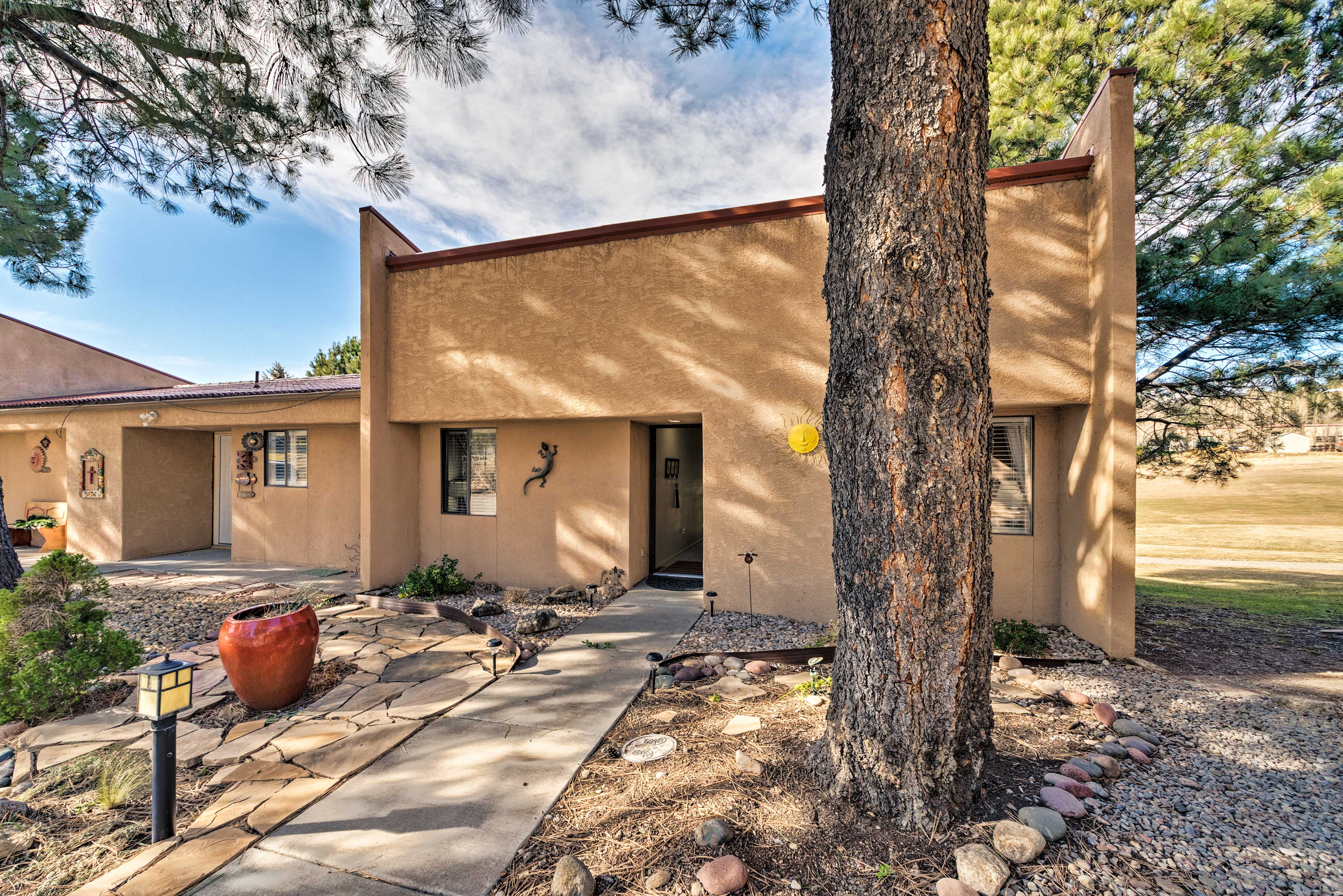 Your next adventurous escape to the village of Ruidoso begins at this abode!