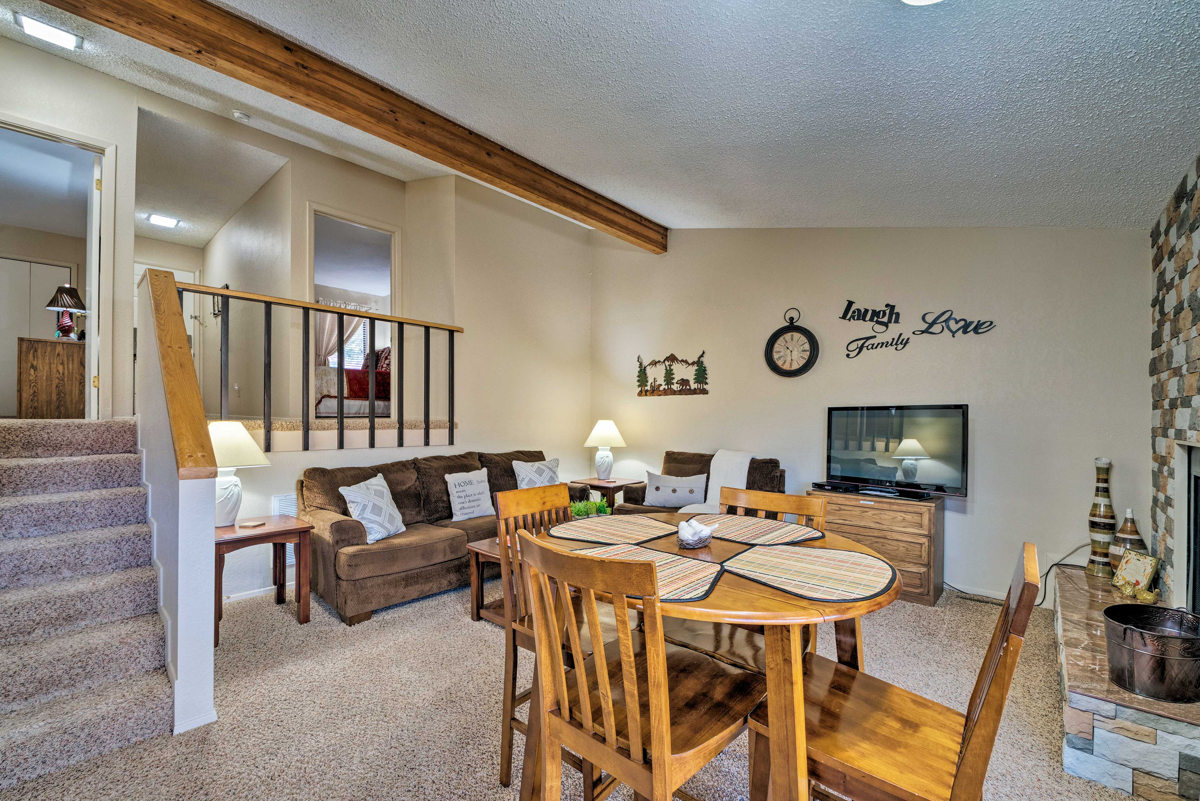 Settle in for a movie night by the fire on the flat-screen cable TV.
