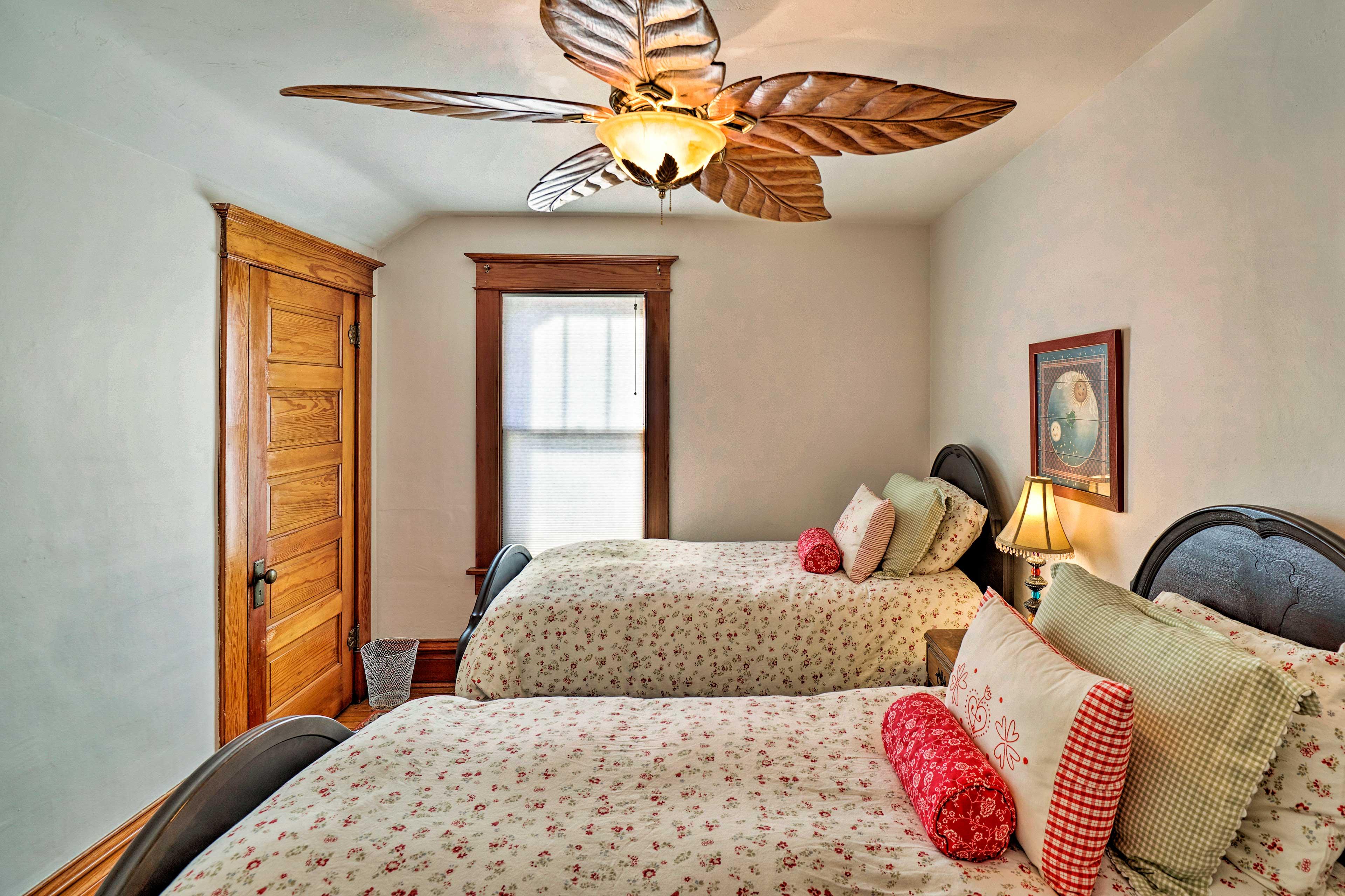 Bedroom 3   2 Twin Beds   2nd Floor   Steps Required