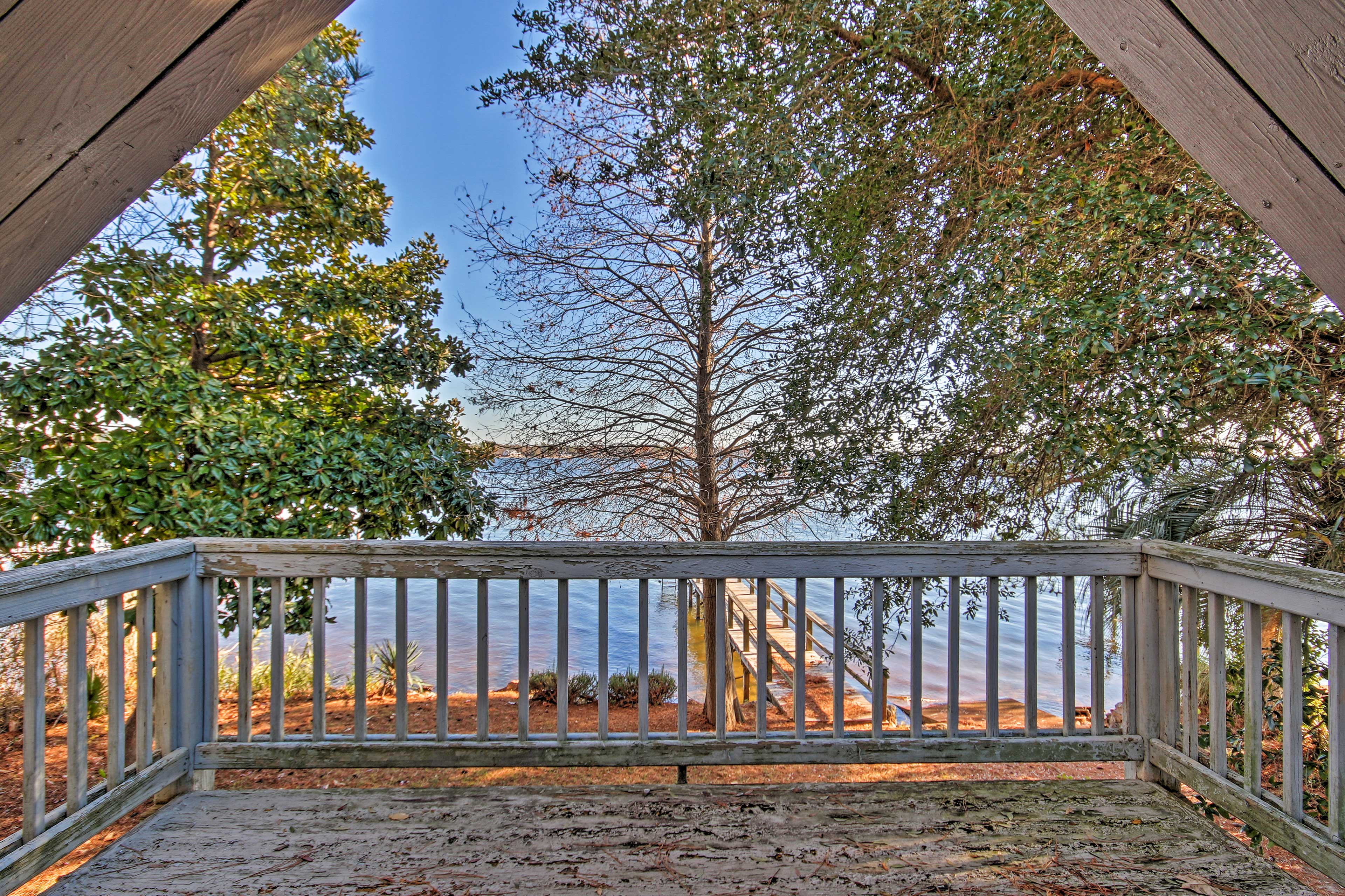 Gaze out into the peaceful lake from the balcony.