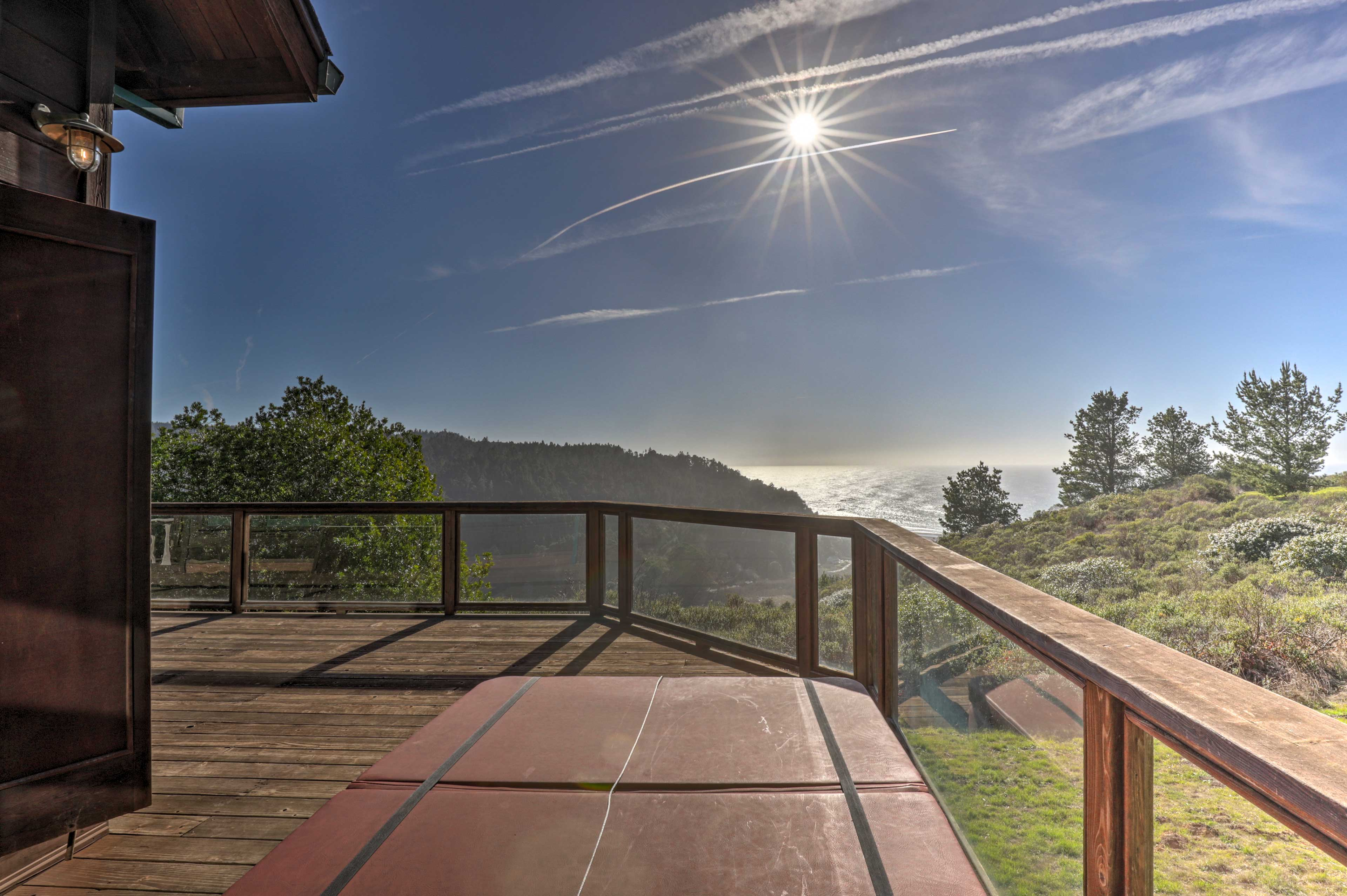 Glass railings ensure nothing obscures the 360 degree view.