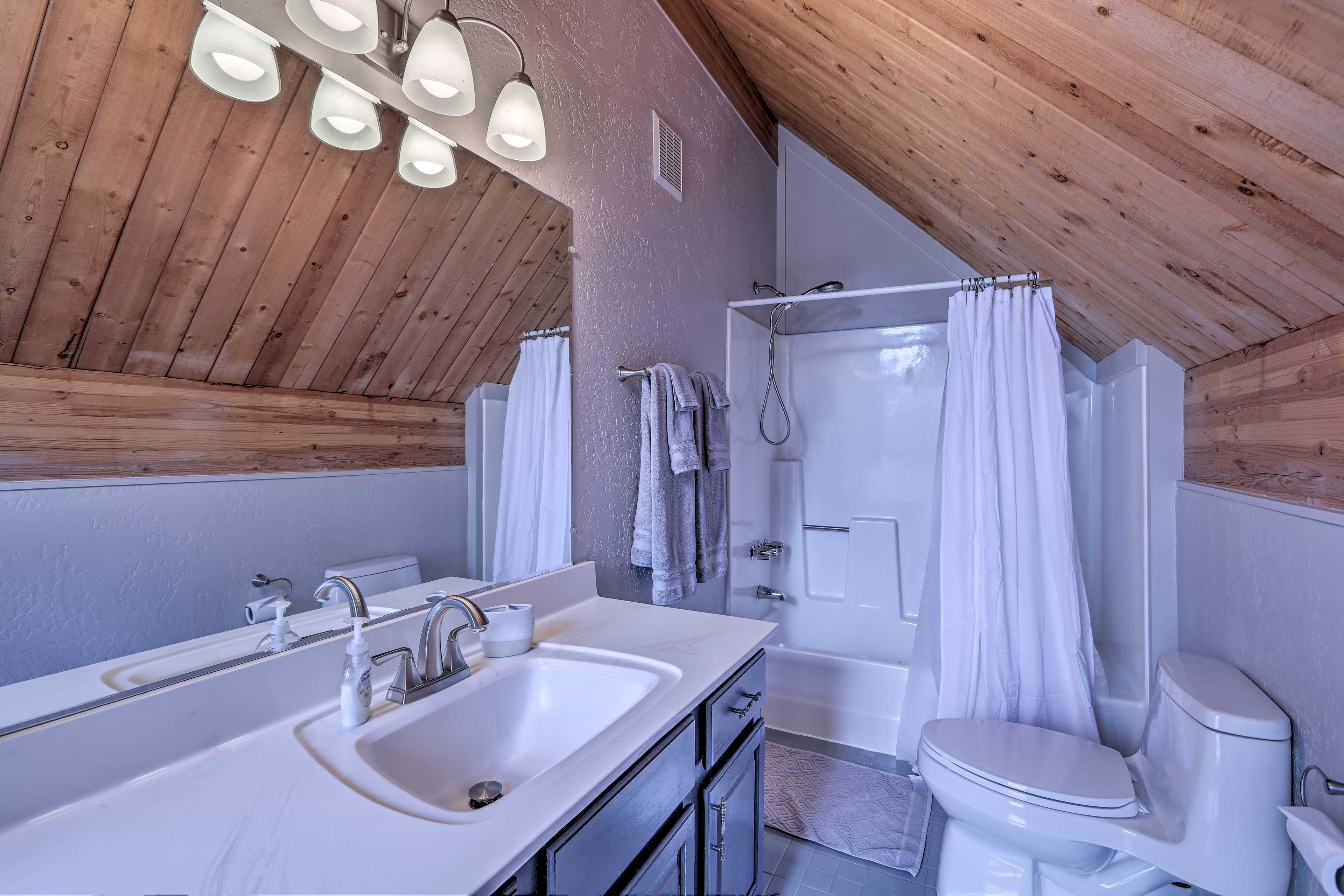 This top floor also has an en-suite bathroom for your convenience.