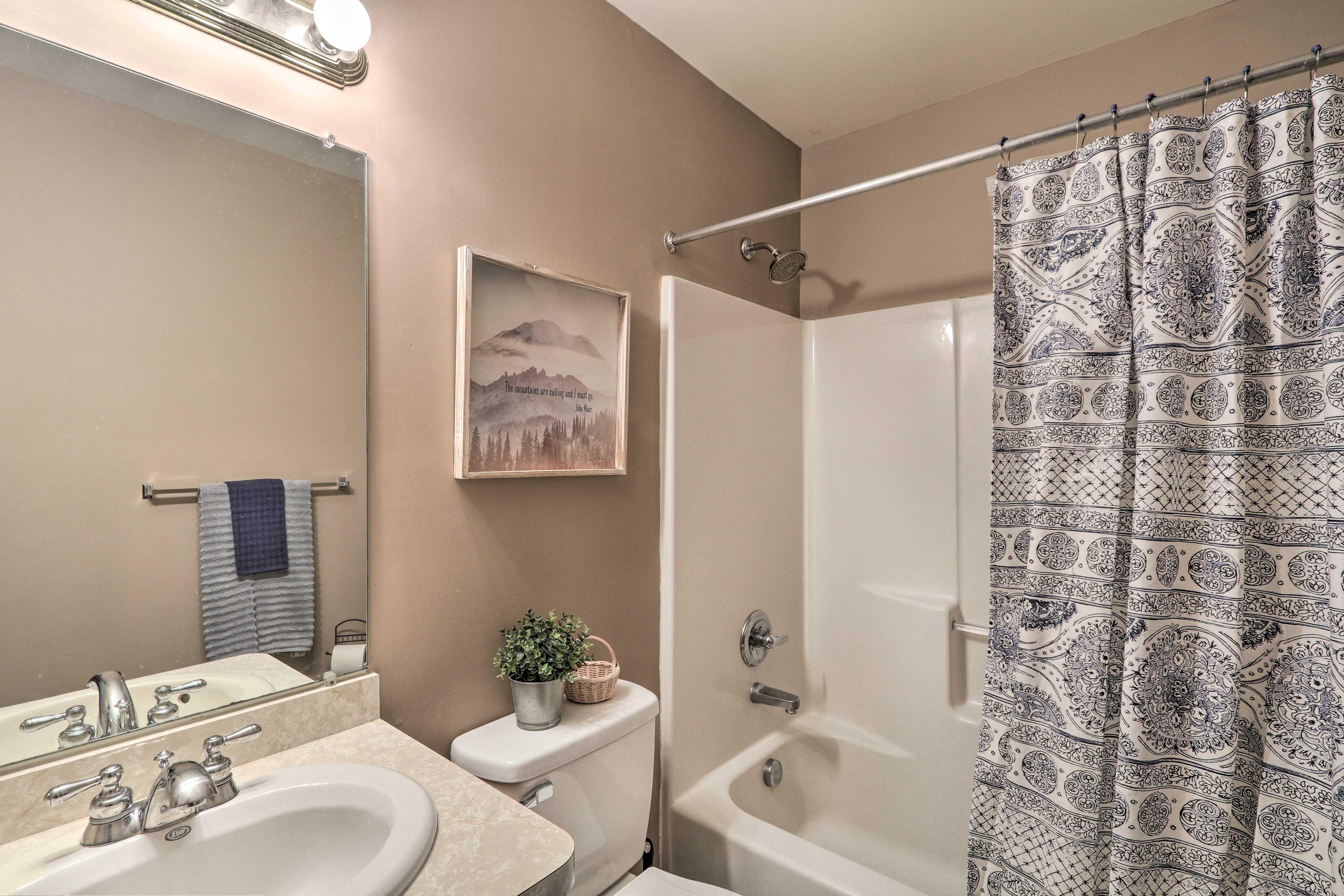 Second Shared Bathroom   Complimentary Toiletries