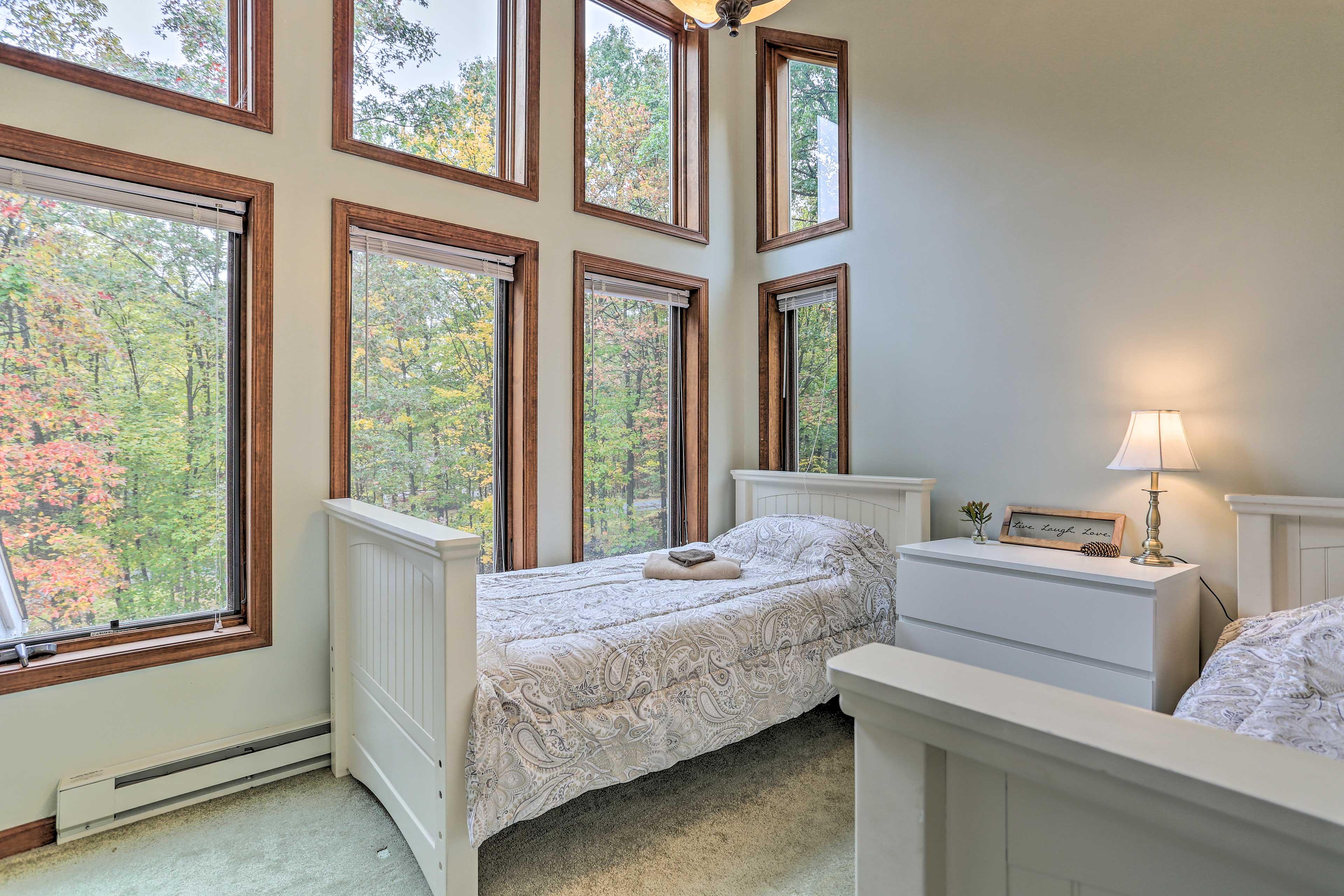Bedroom 3   Floor-to-Ceiling Windows