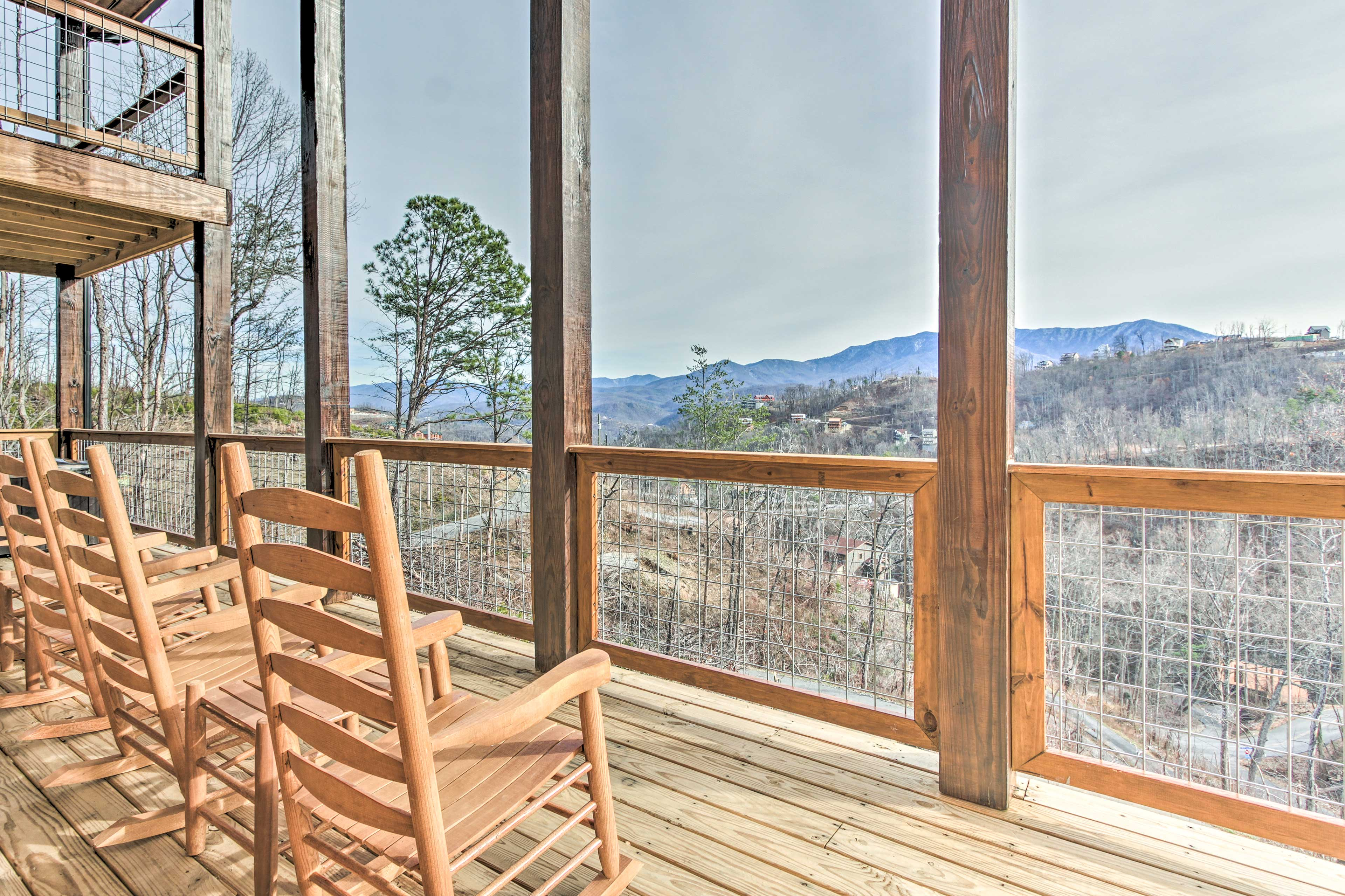 After a day of exploring the area, unwind on the deck with gorgeous views.