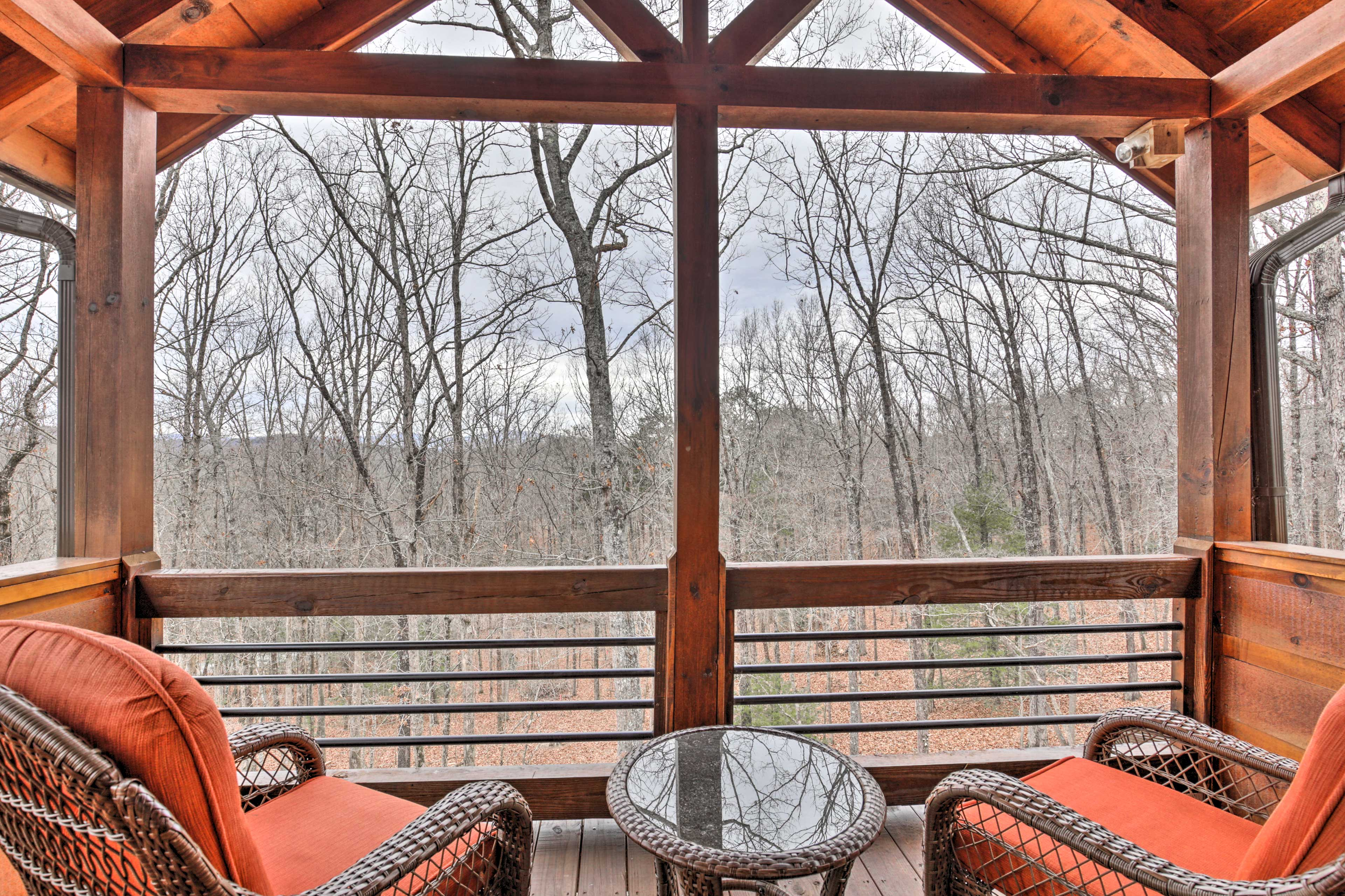 Private Balcony | Seasonal Mountain Views