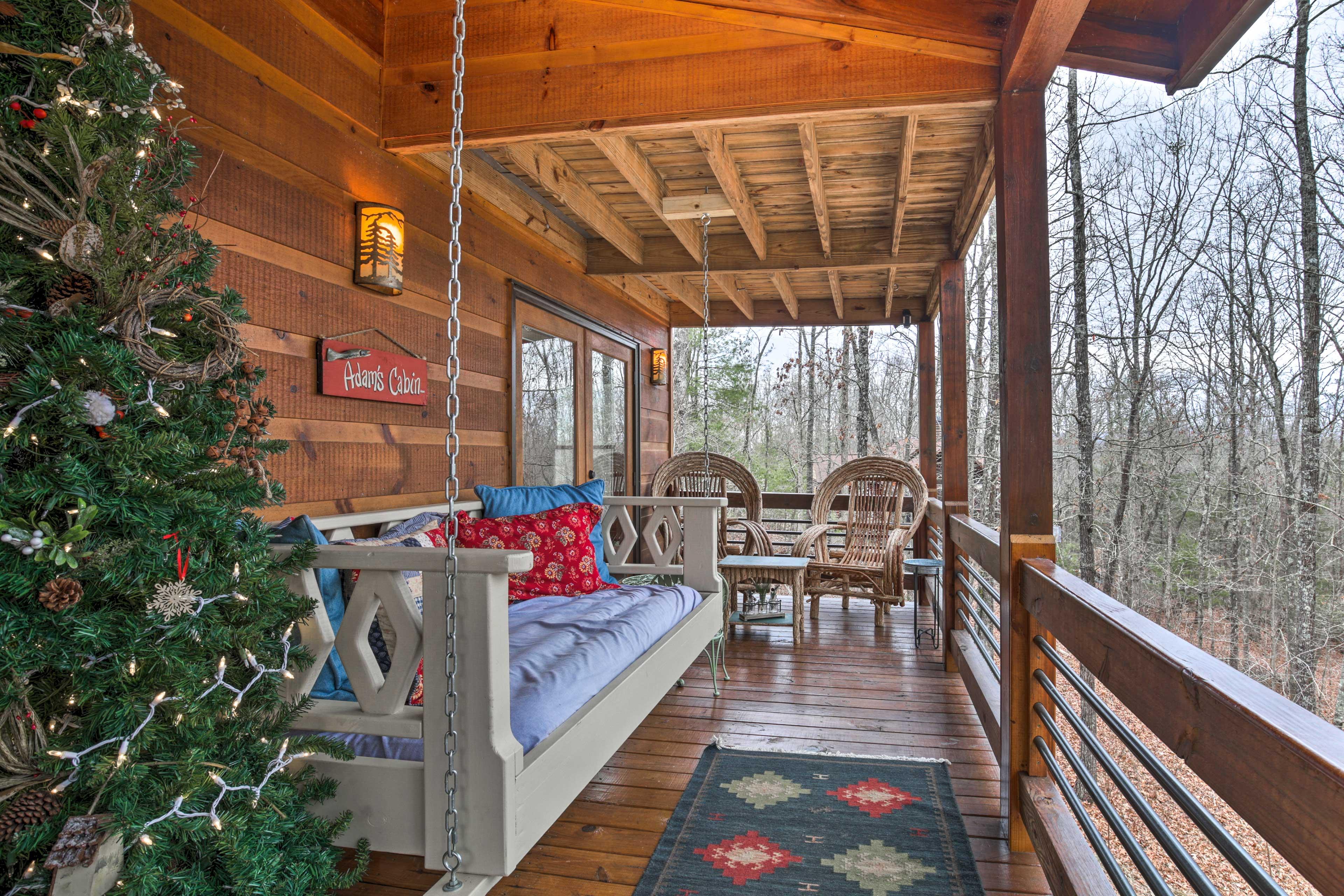 Wraparound Deck | Furnished