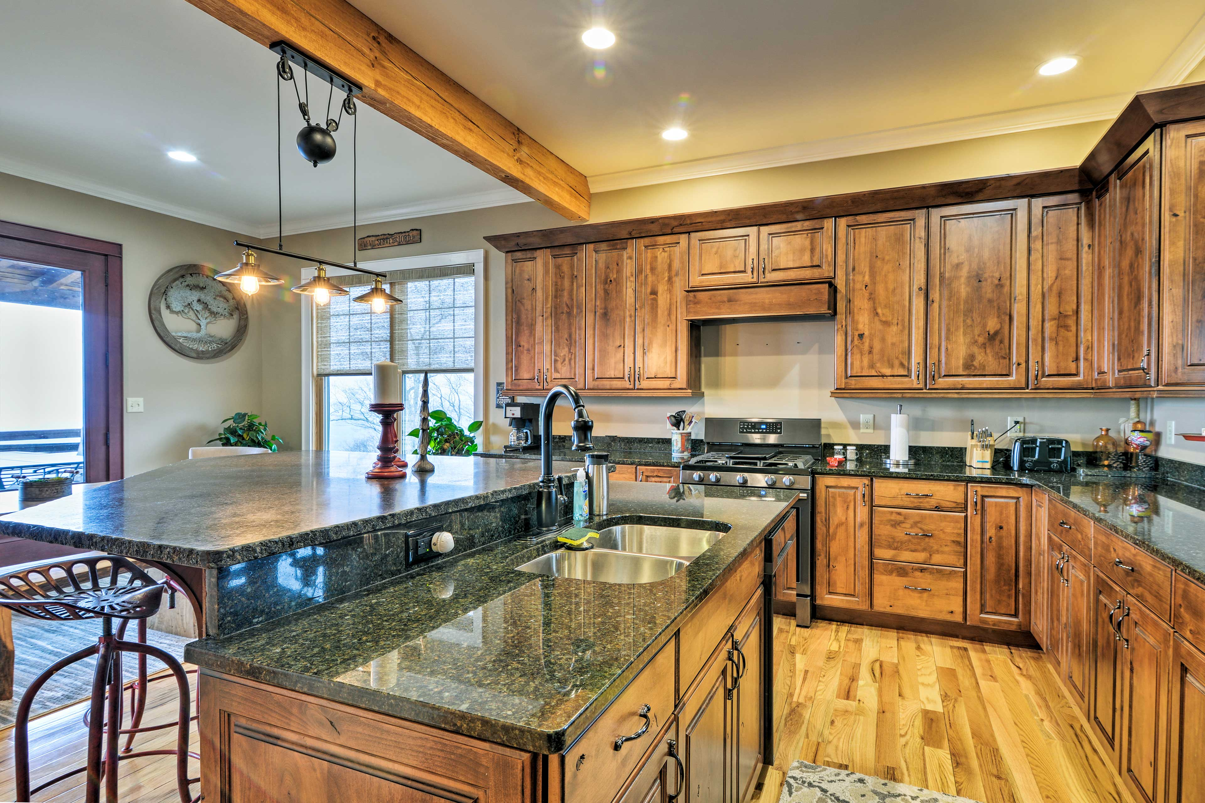 You'll love preparing your favorite mountain meals in this modern kitchen.