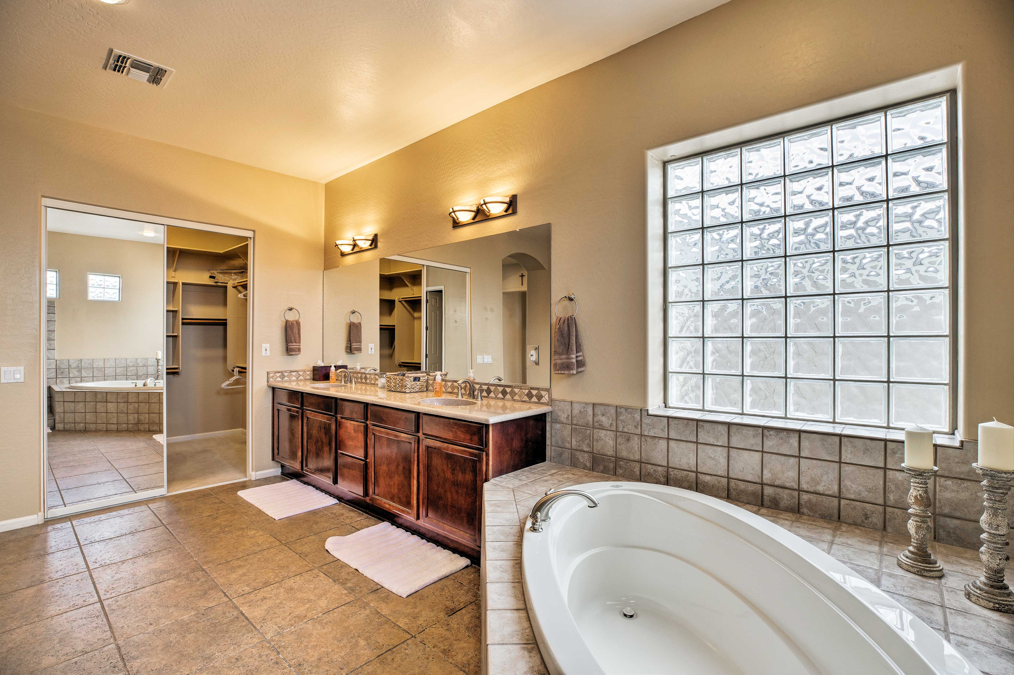 Did you know that dual sinks are the key to long-lasting relationships?