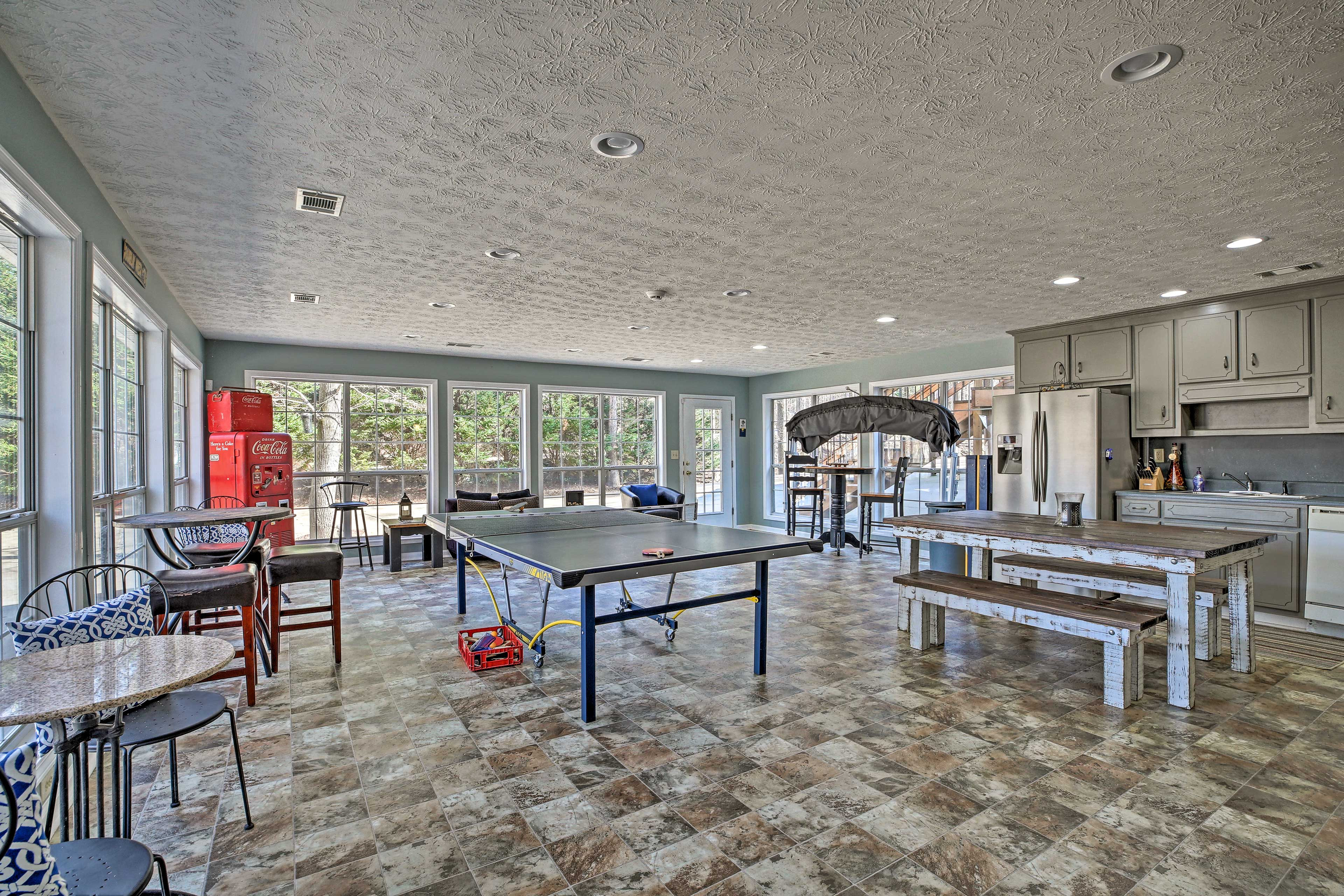 Challenge your loved one to a game of ping pong.