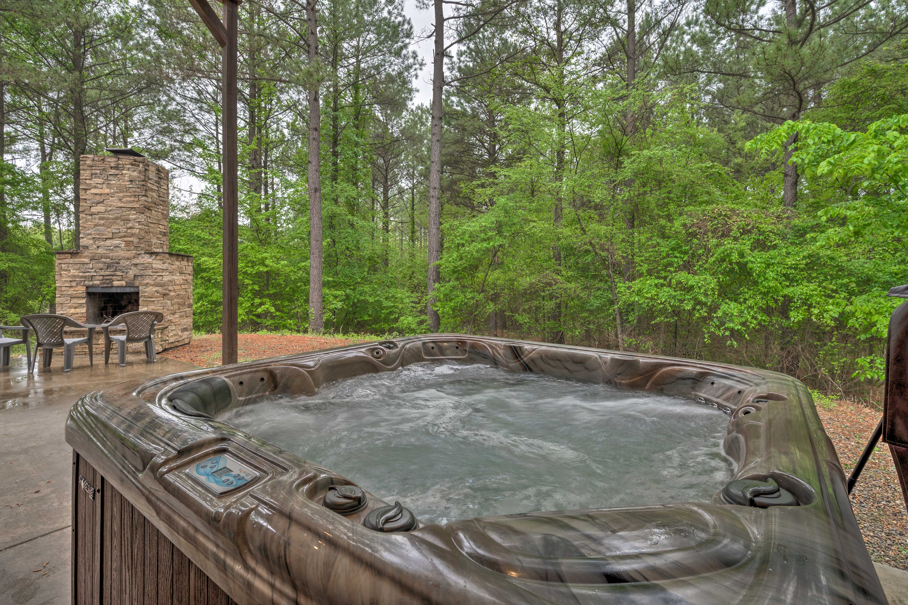 Private Partially Covered Patio | Private Hot Tub