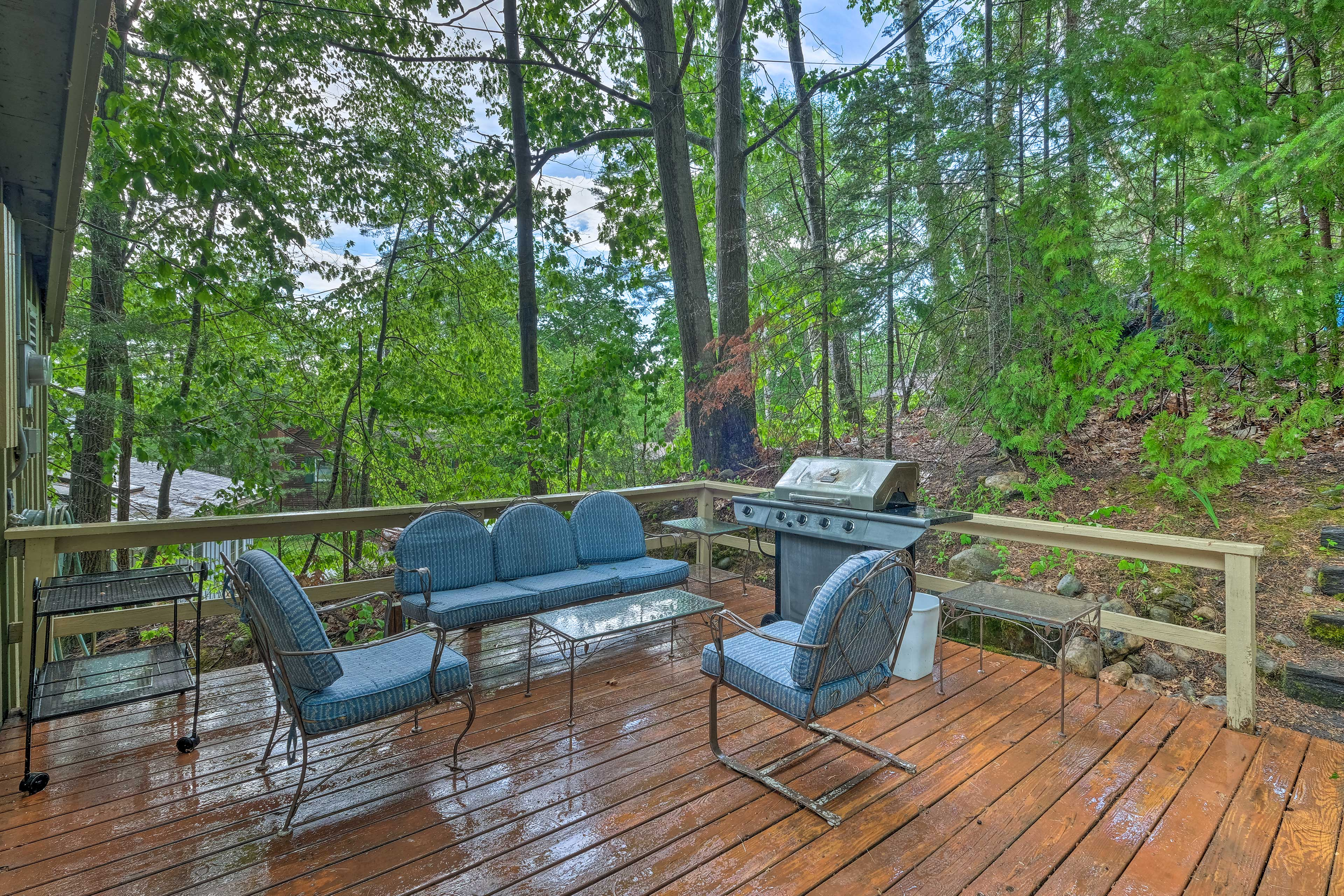 You'll love the quiet woodland surroundings.