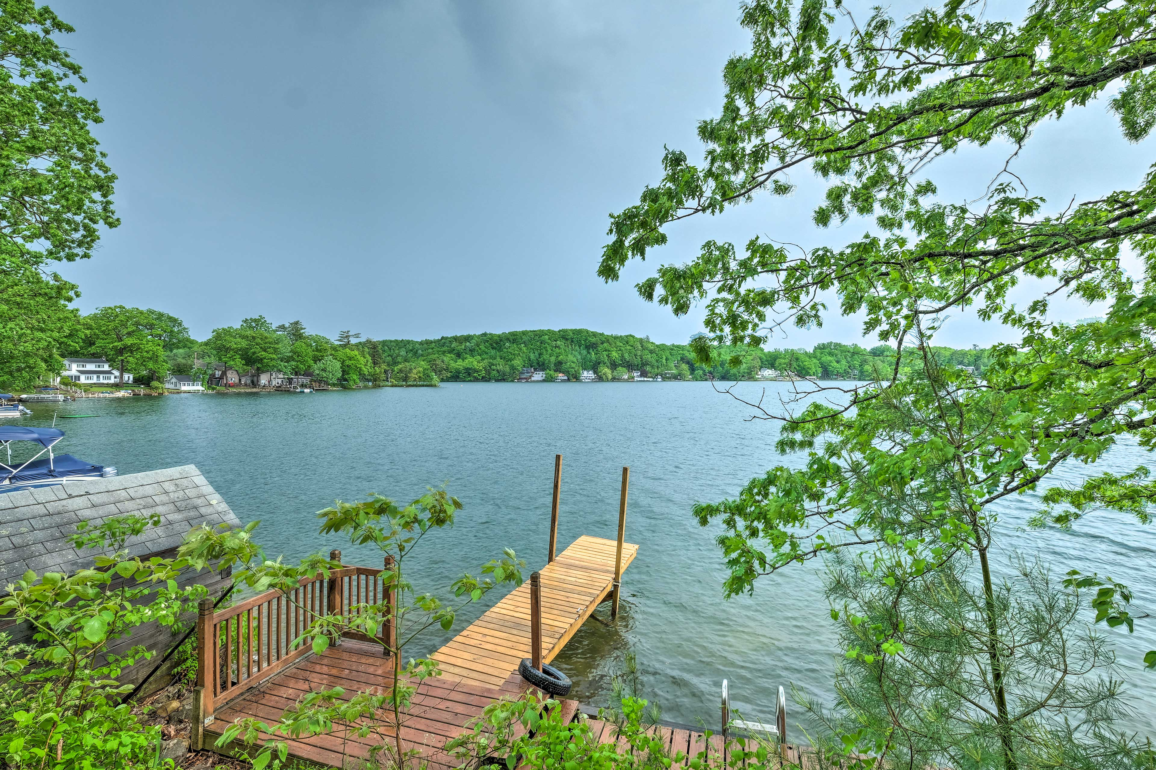 Discover the lakefront reprieve you've been searching for at this lovely cabin!