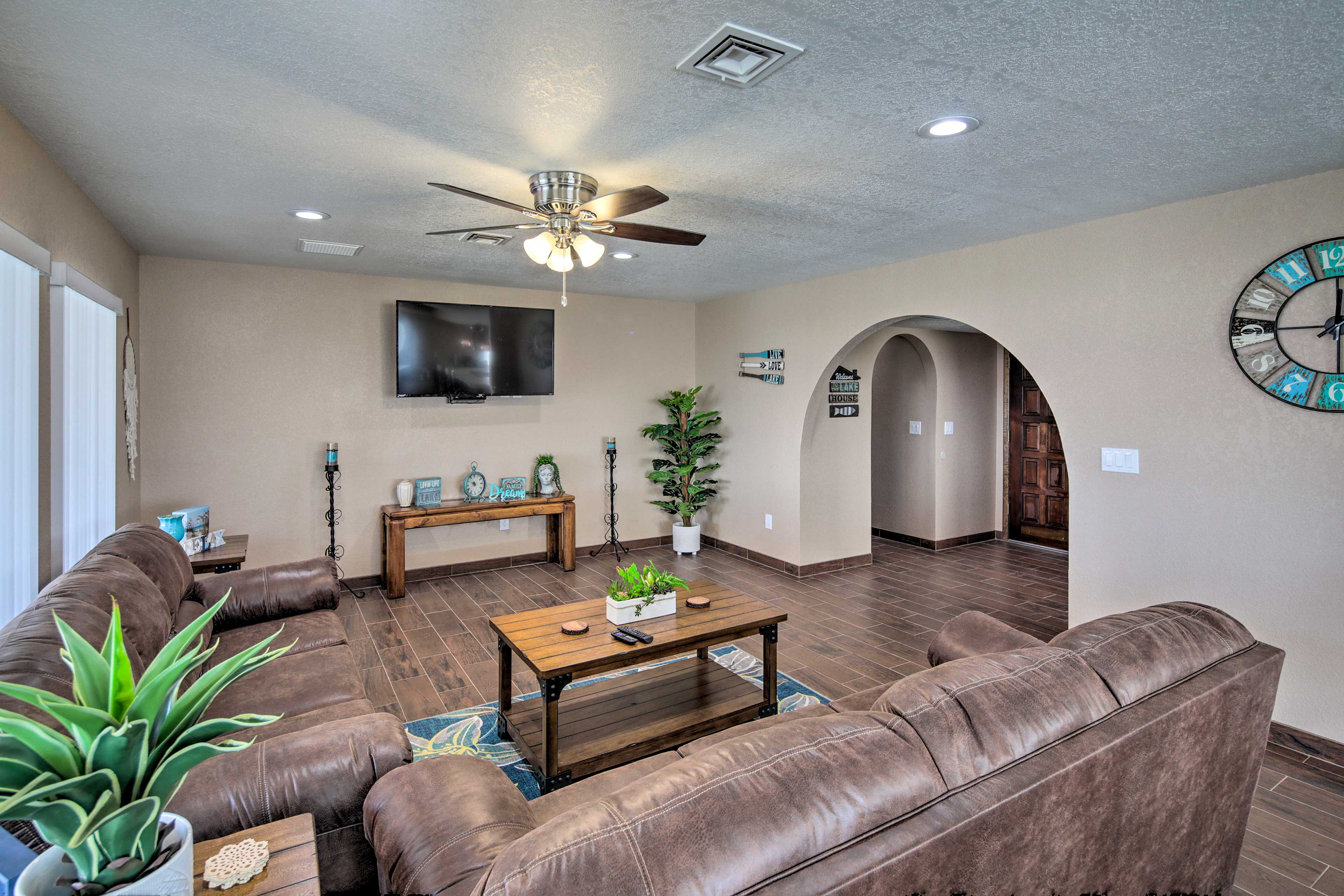 This home features 4 Smart TVs!