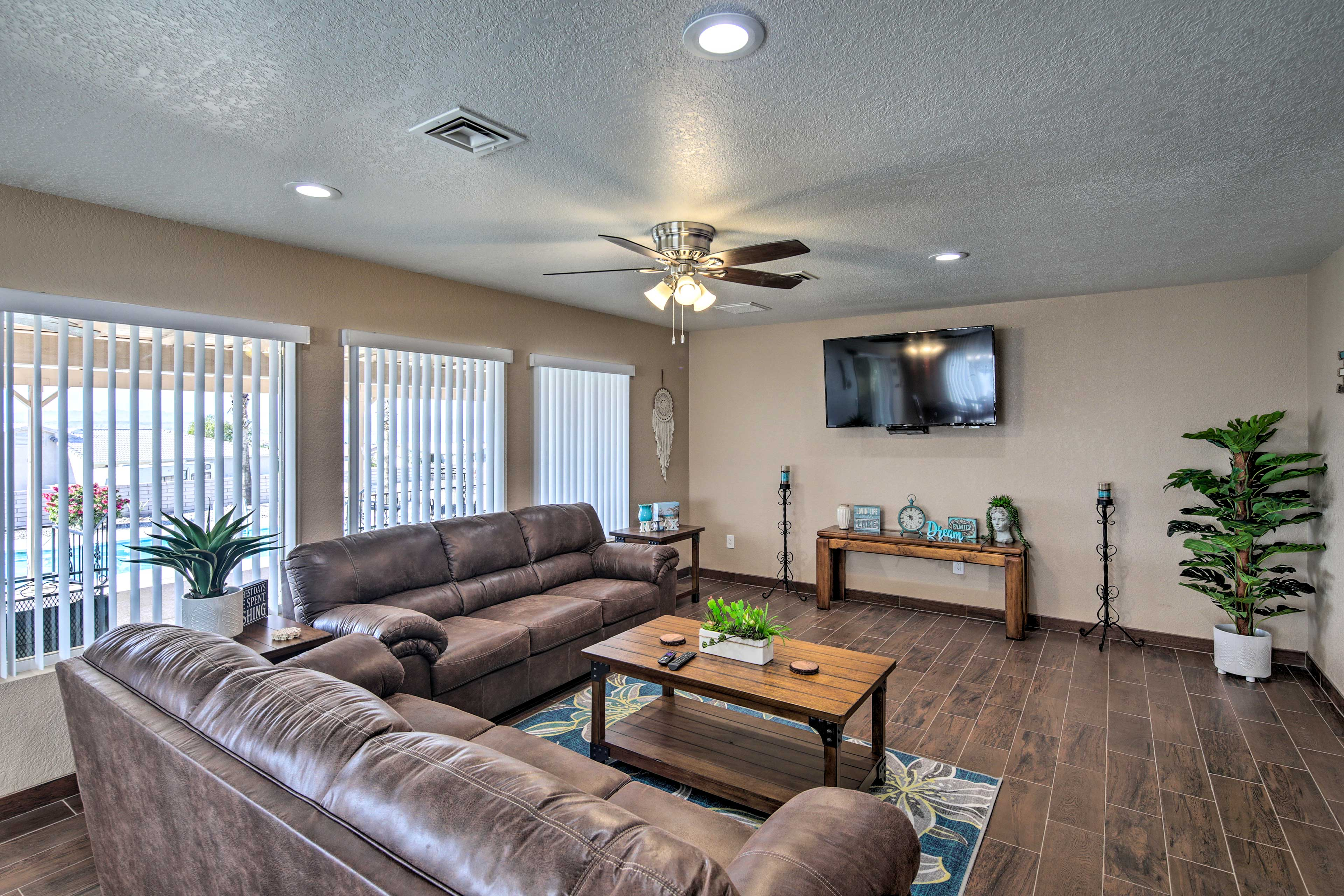This well-appointed abode offers all the comforts of home and more!