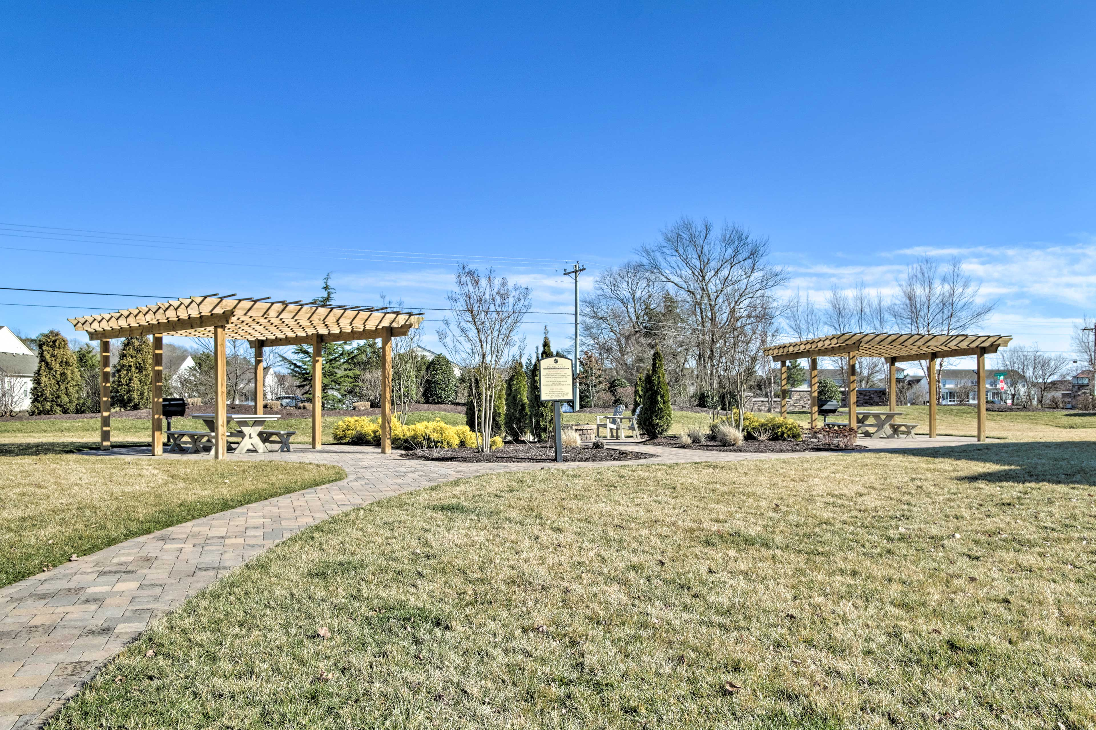 The community has several amenities, including picnic pergolas and grills.