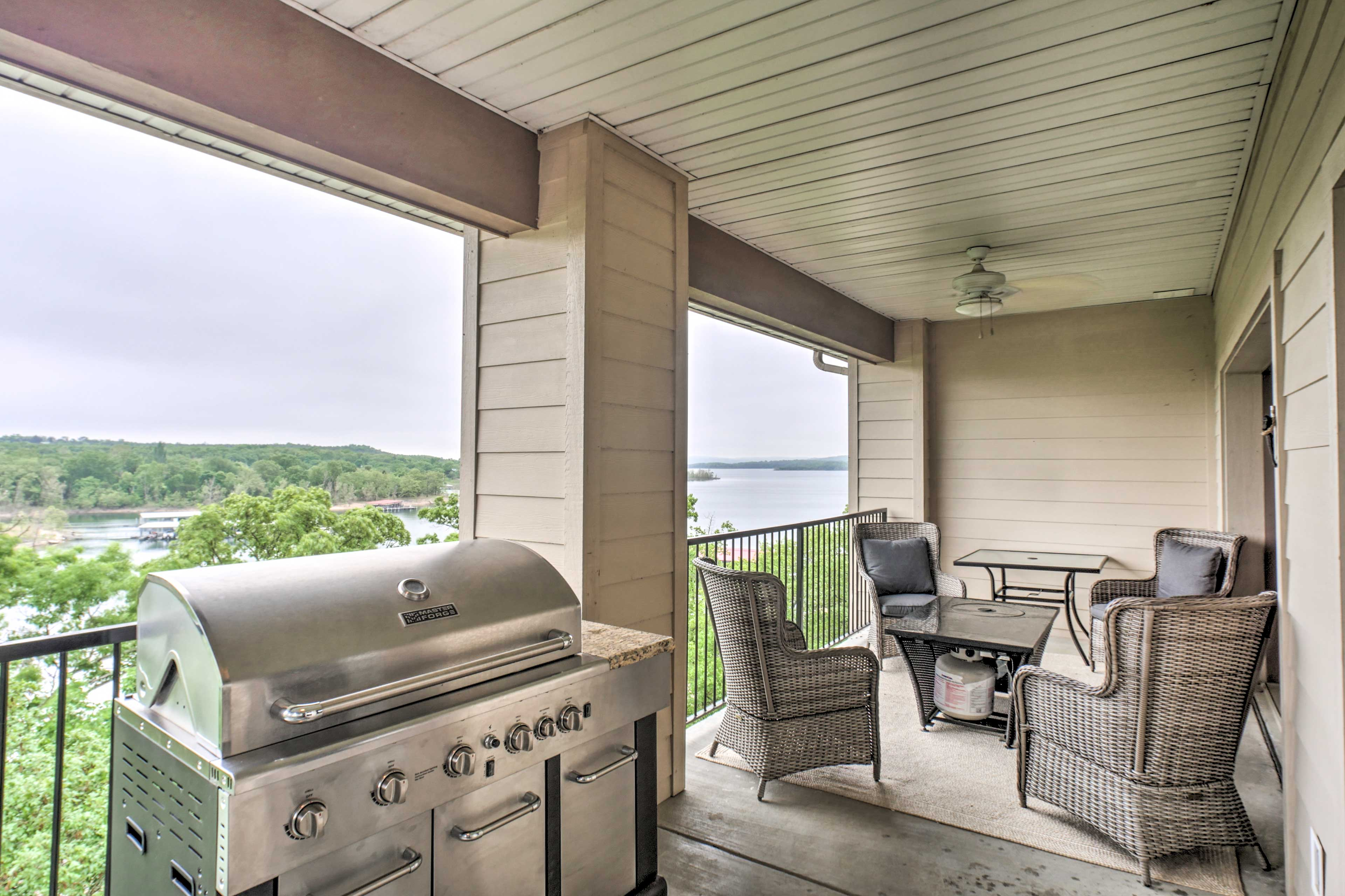 Bring the group to the covered balcony and enjoy a cookout on the gas grill.