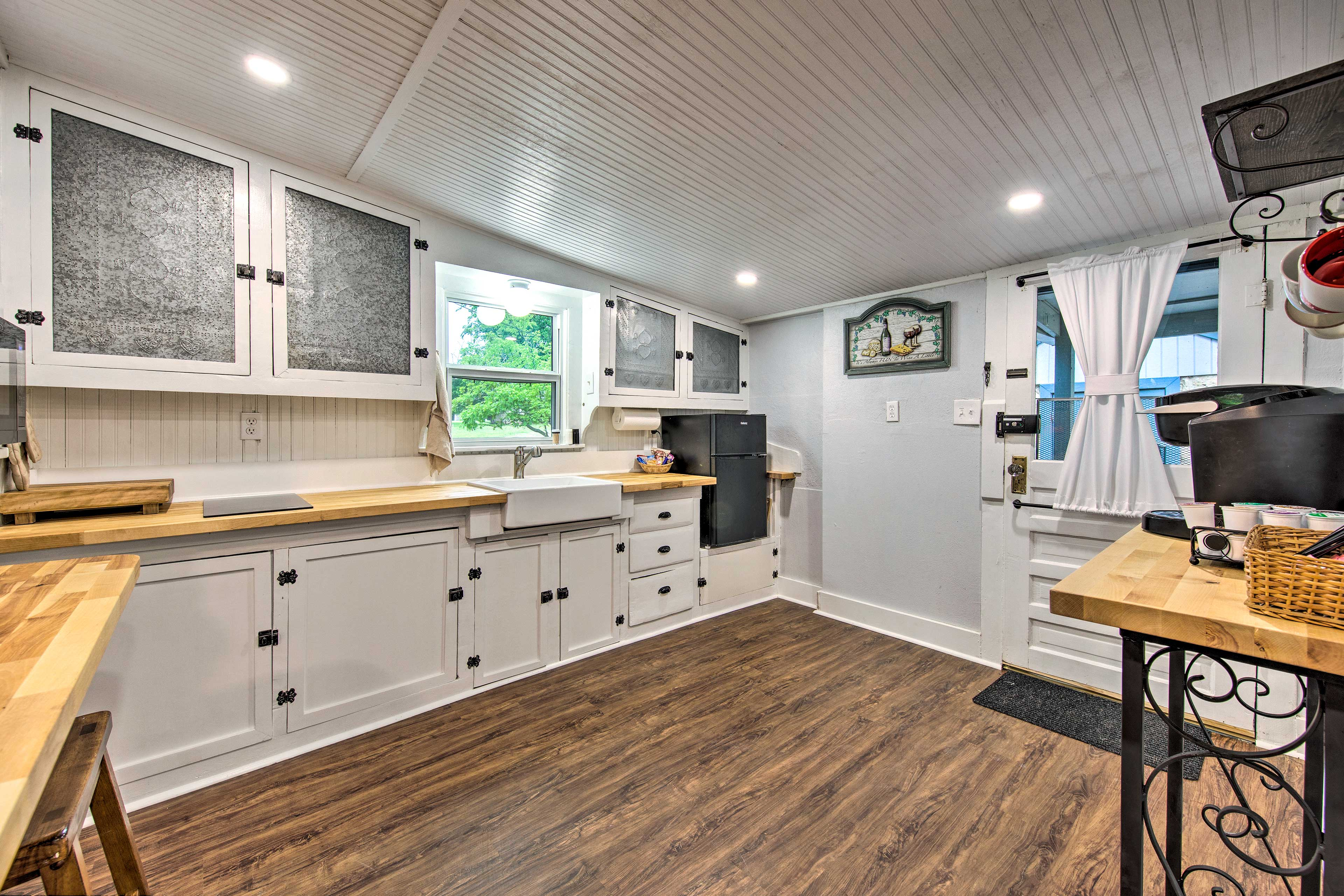 Whip up your favorite fixins in this kitchen!